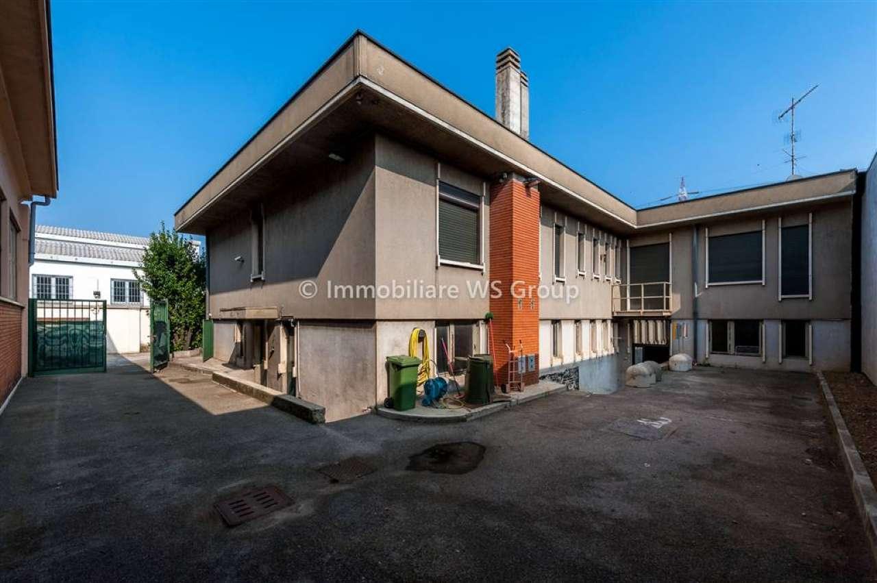 Stabile / Palazzo in vendita Rif. 8037524