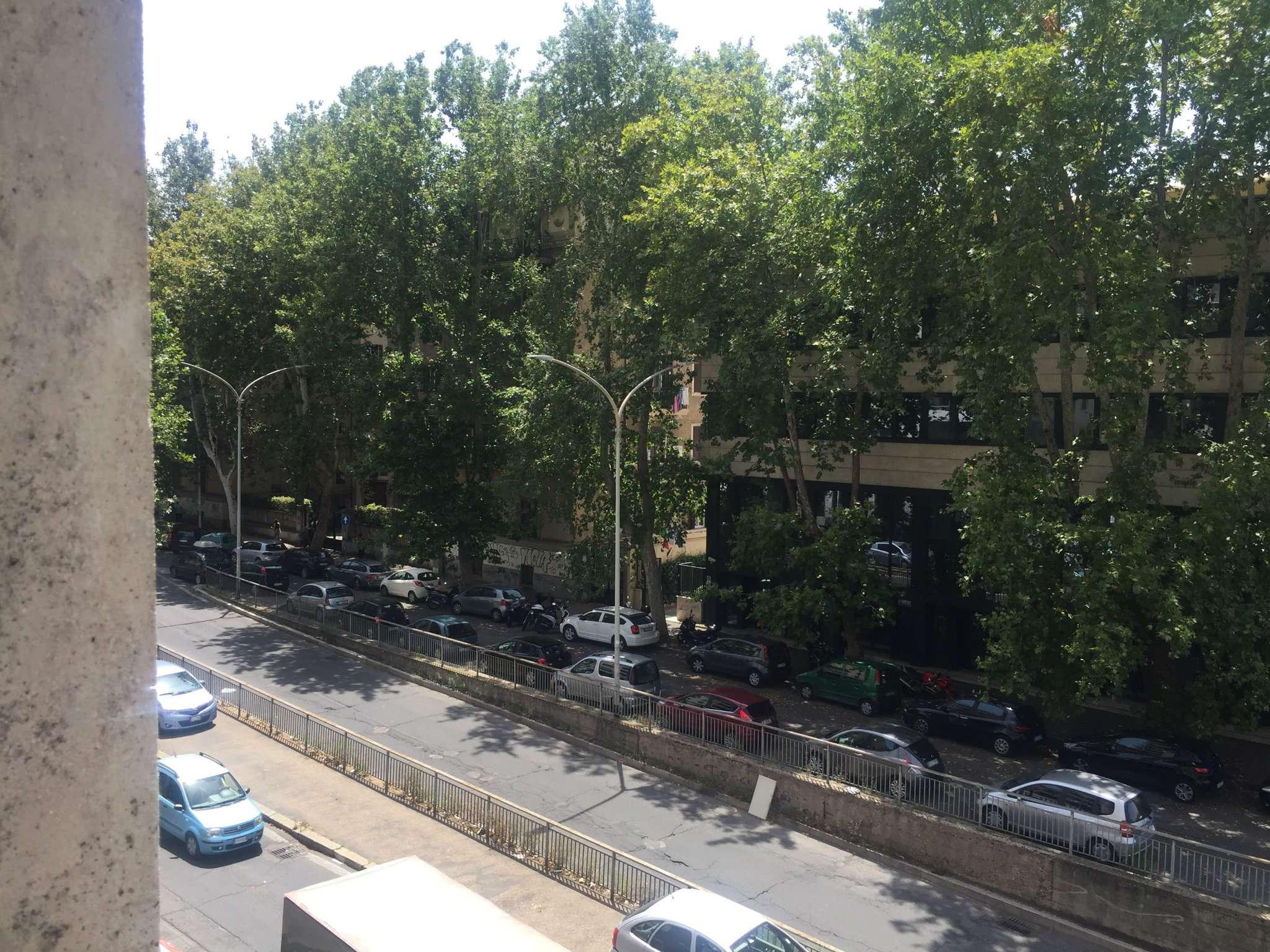 Appartamento in vendita a Roma, 4 locali, zona Zona: 14 . San Giovanni, Re di Roma, P.ta Metronia, prezzo € 330.000 | CambioCasa.it