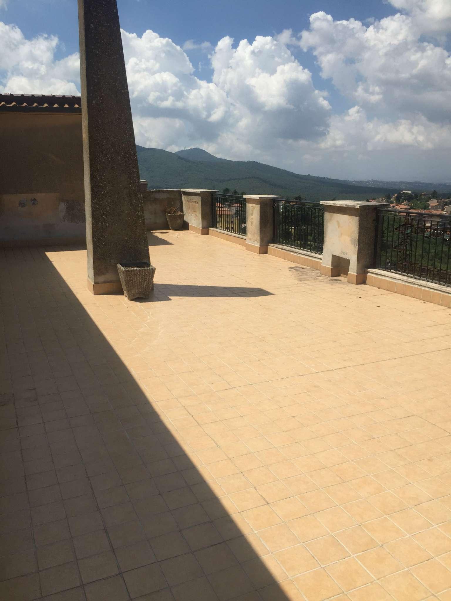 Appartamento in vendita a Rocca Priora, 3 locali, prezzo € 79.000   CambioCasa.it