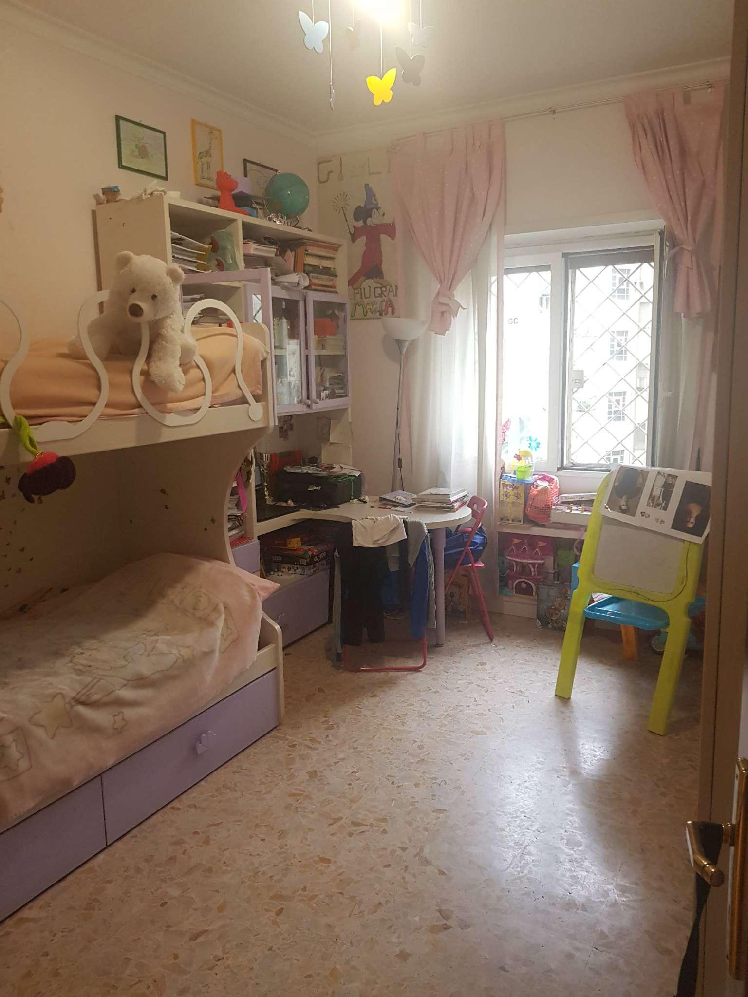 Appartamento in vendita a Roma, 3 locali, zona Zona: 16 . Appia nuova - Alberone - Colli Albani, prezzo € 325.000 | CambioCasa.it