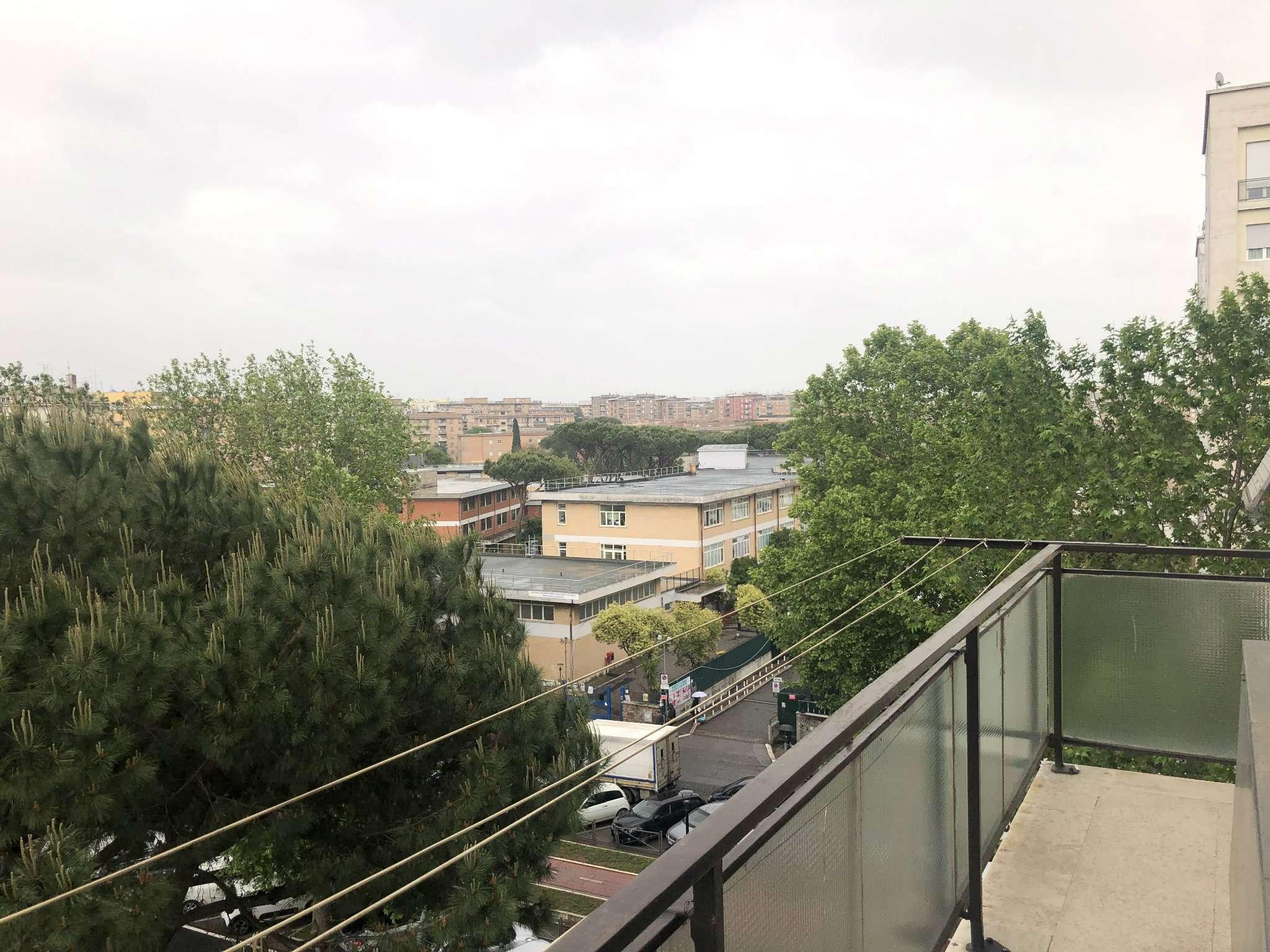 Appartamento in vendita a Roma, 3 locali, zona Zona: 13 . Tuscolano, Appio Claudio, Villa Lais, Quadraro, prezzo € 279.000 | CambioCasa.it