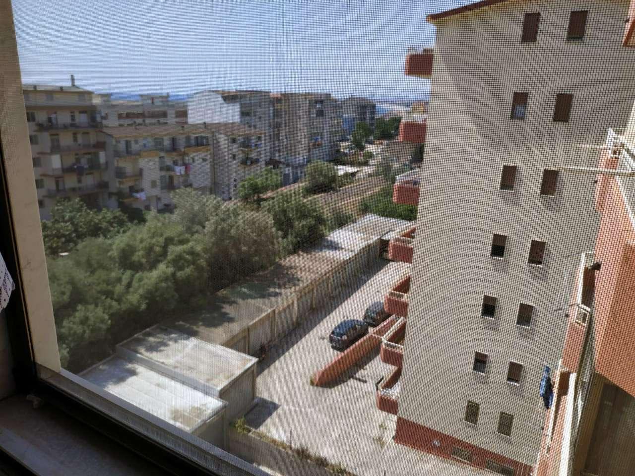 Appartamento in vendita a Marina di Gioiosa Ionica, 4 locali, prezzo € 180.000 | CambioCasa.it