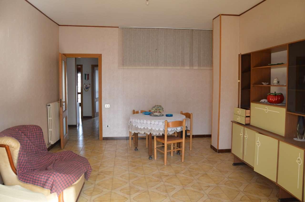 Appartamento in vendita a Poggiomarino, 4 locali, prezzo € 165.000 | PortaleAgenzieImmobiliari.it