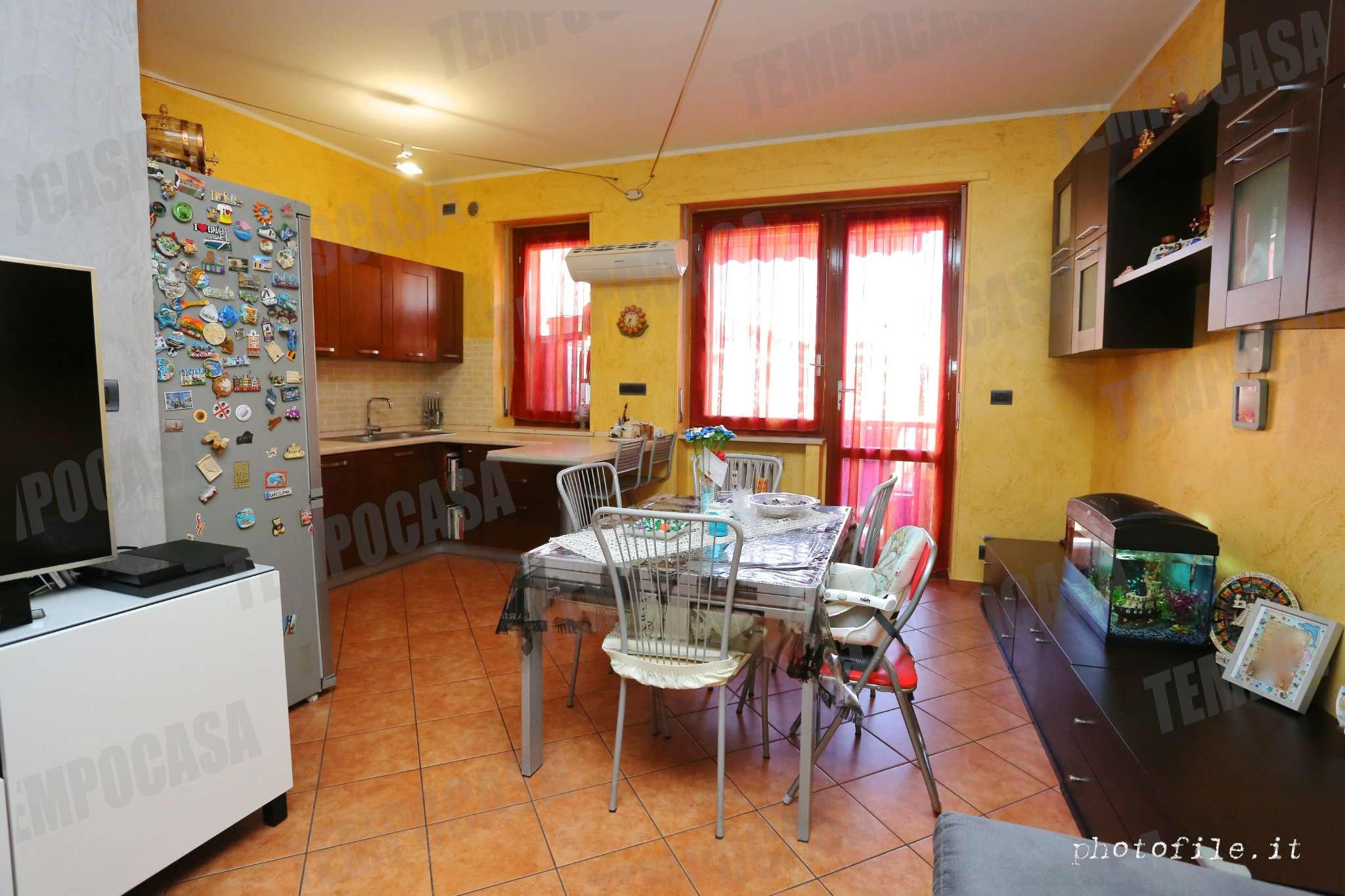 Appartamento in ottime condizioni in vendita Rif. 7085882