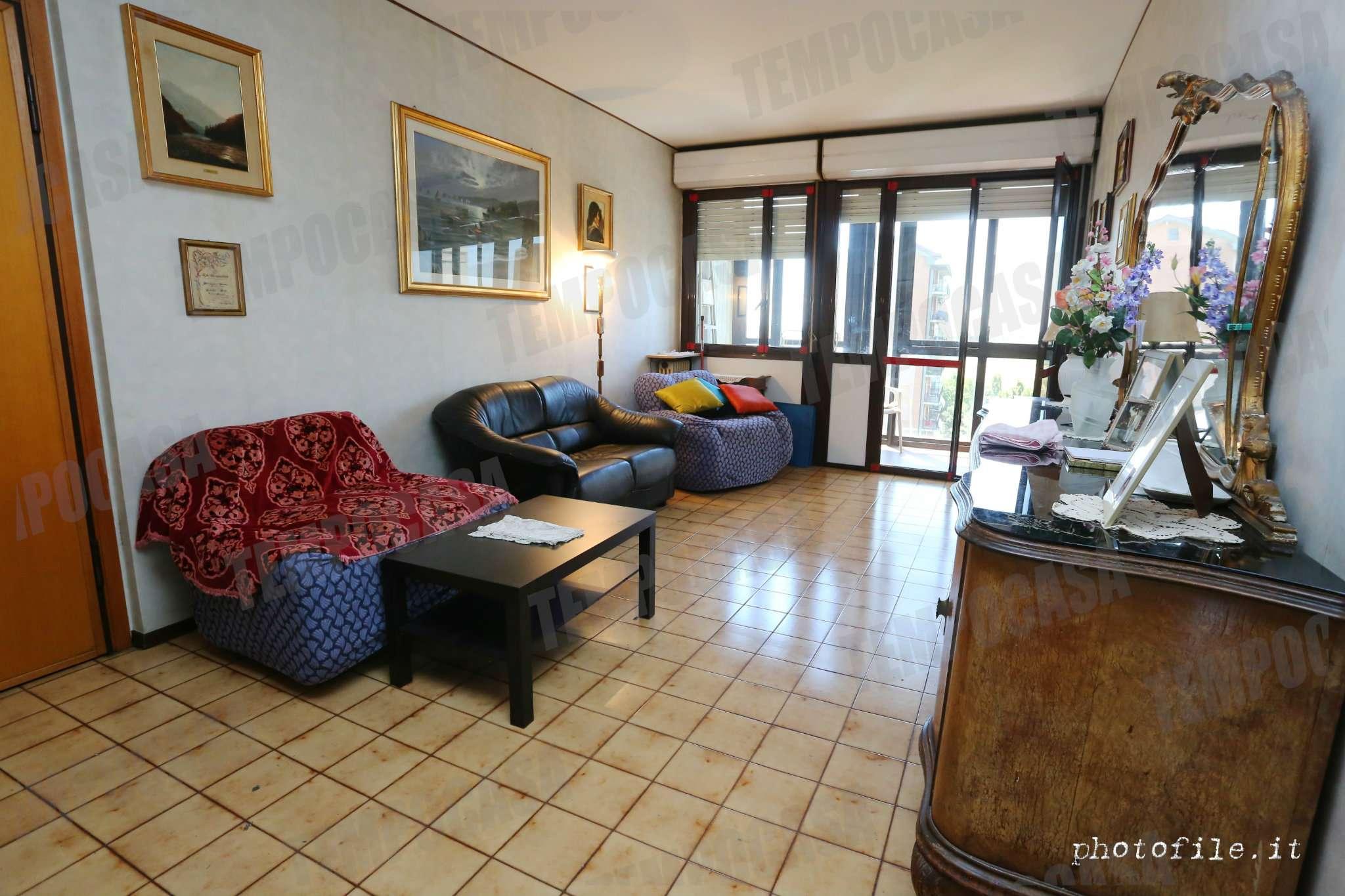 Appartamento da ristrutturare in vendita Rif. 7204113