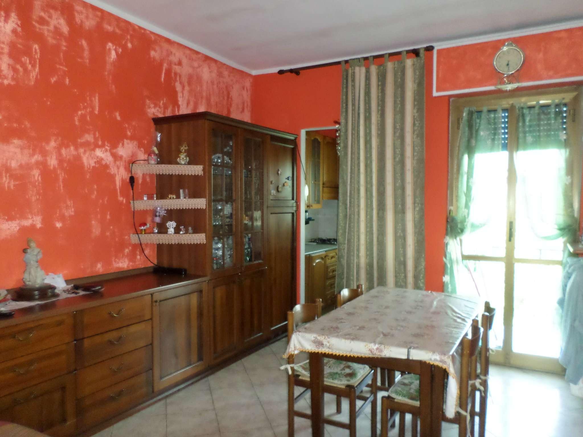 Appartamento in buone condizioni in vendita Rif. 7217484
