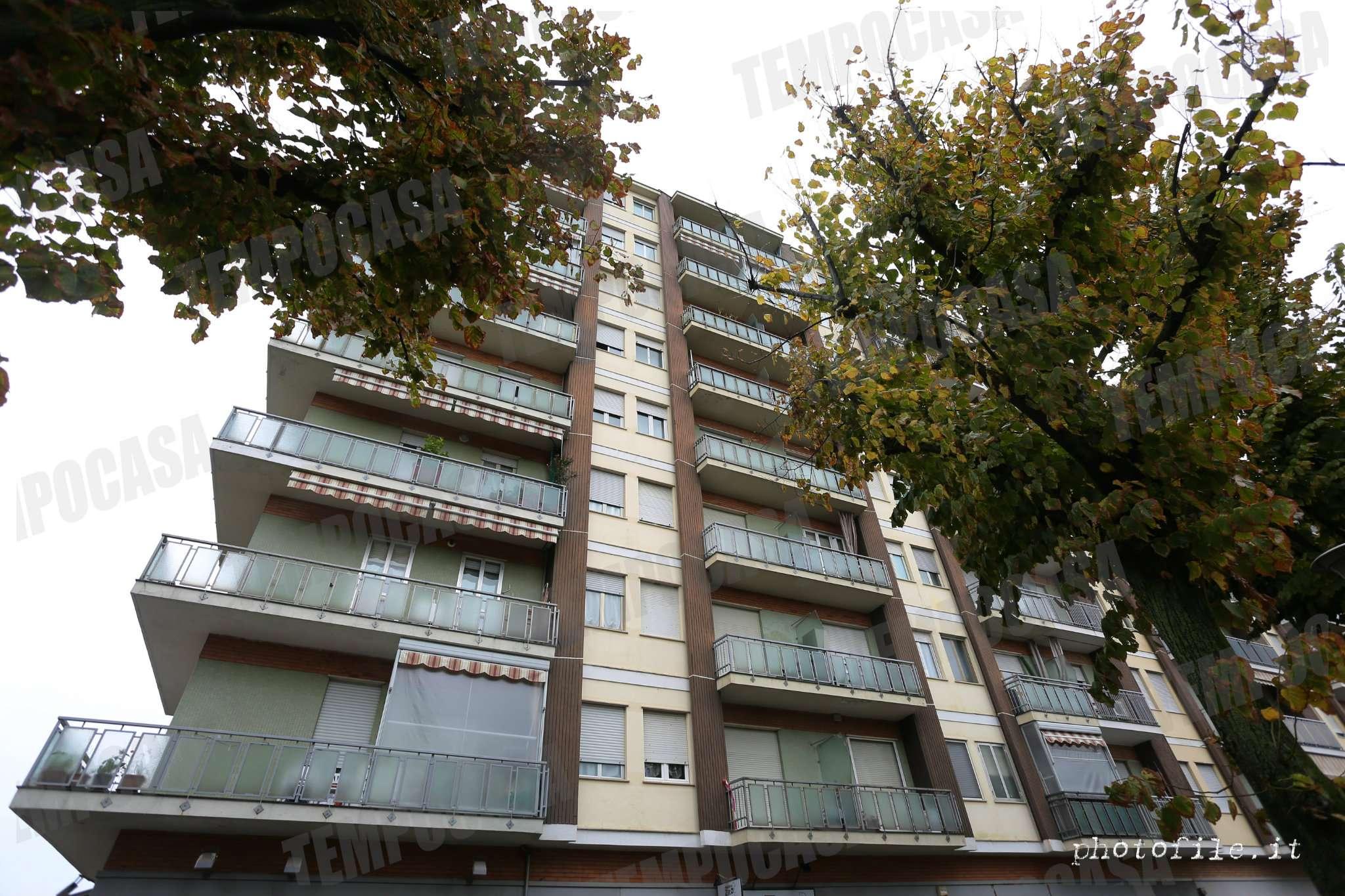 Appartamento in buone condizioni in vendita Rif. 8426995