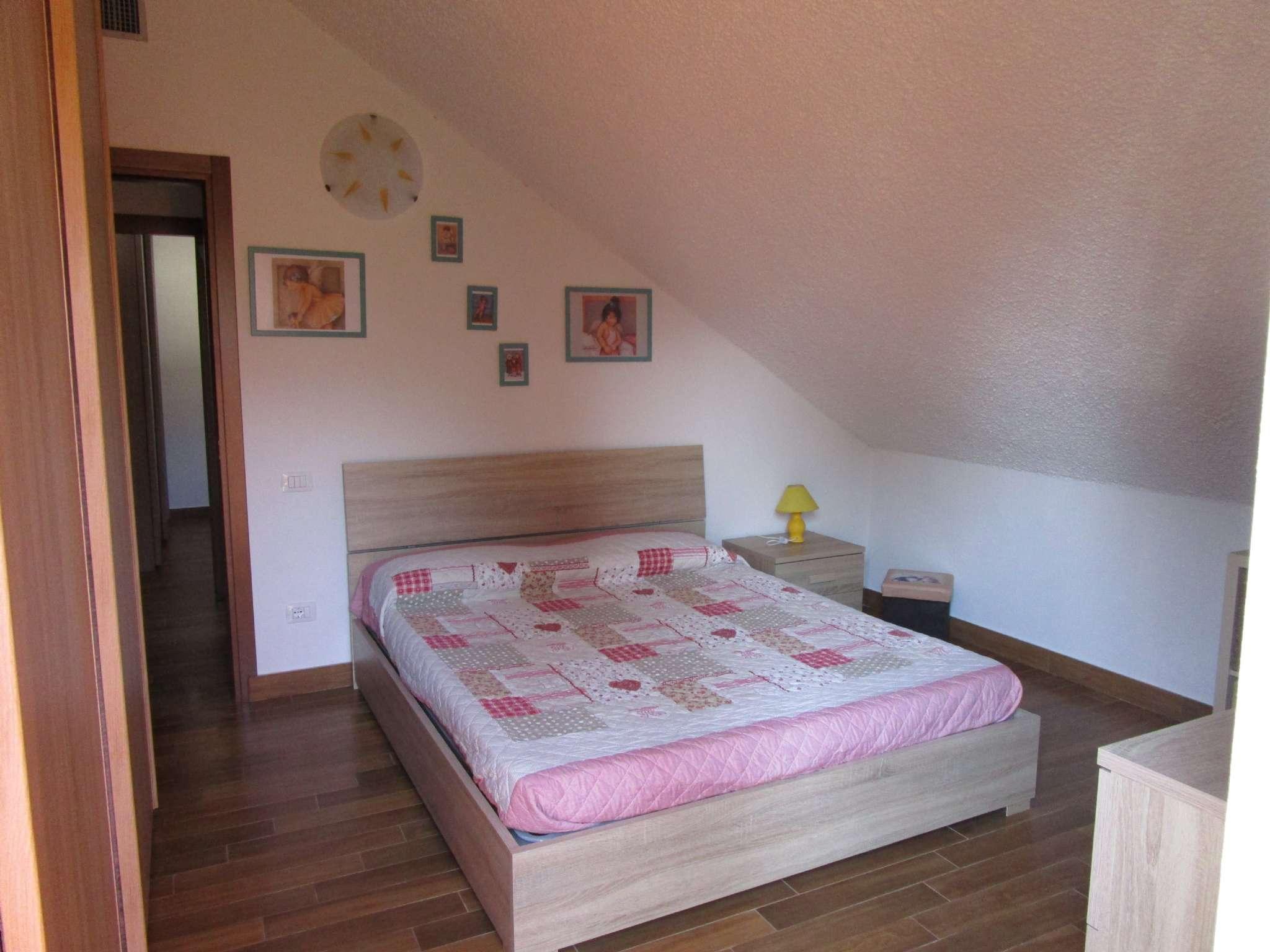 Appartamento ristrutturato arredato in vendita Rif. 5171231