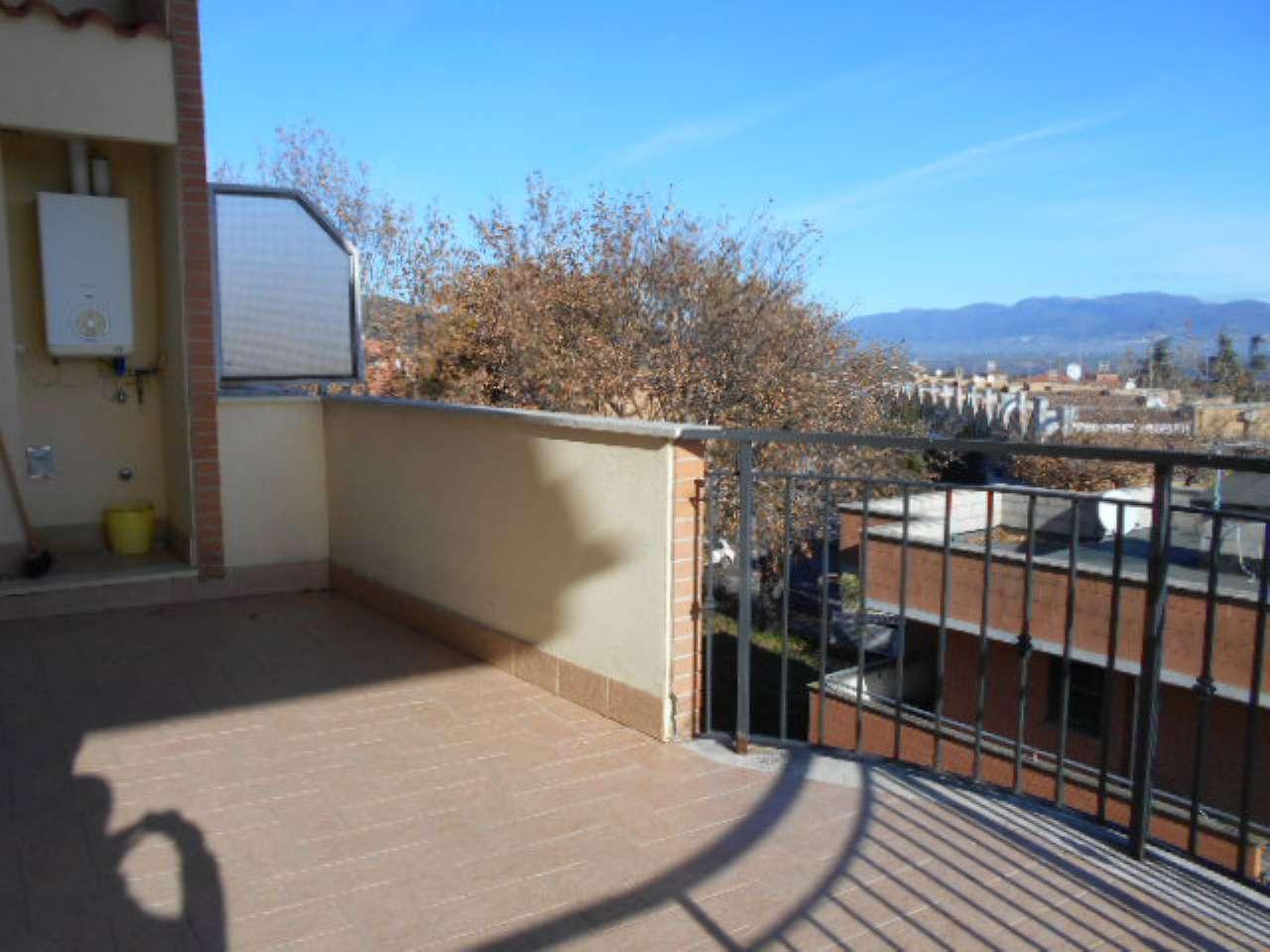 Appartamento in ottime condizioni in affitto Rif. 5598535