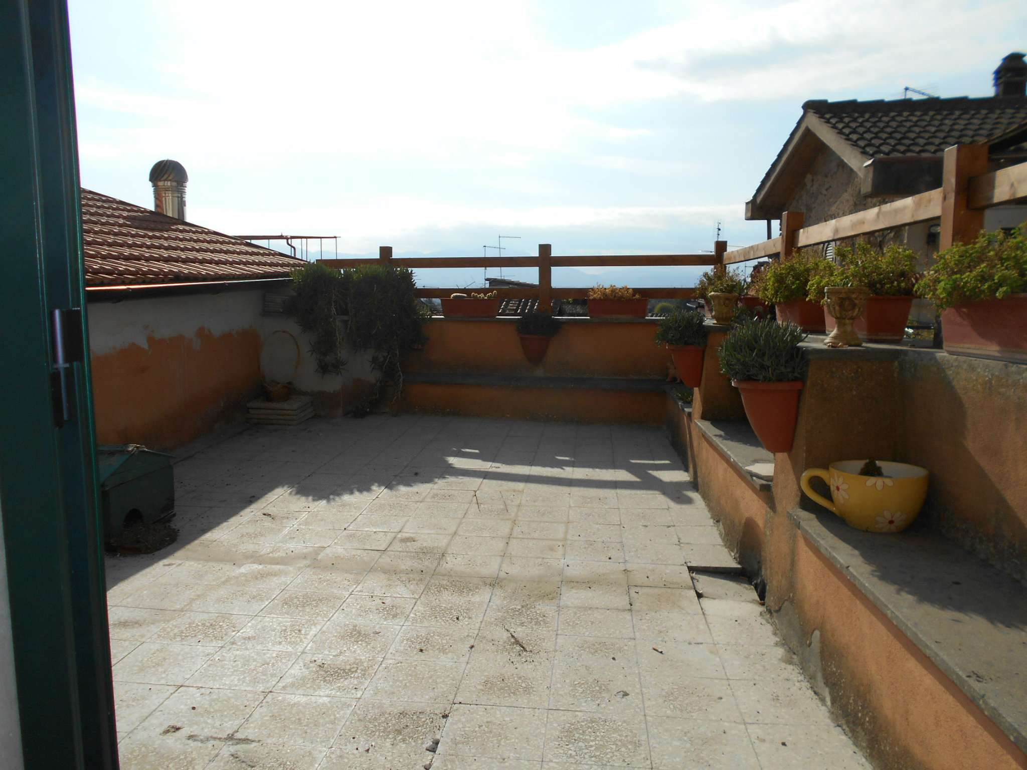 Appartamento in buone condizioni parzialmente arredato in affitto Rif. 5598539