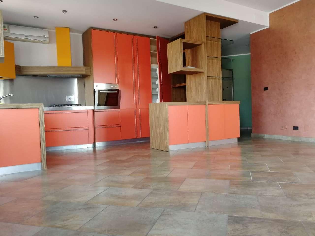 Appartamento in affitto a Torino, 4 locali, zona San Donato, Cit Turin, Campidoglio,, prezzo € 1.200 | PortaleAgenzieImmobiliari.it
