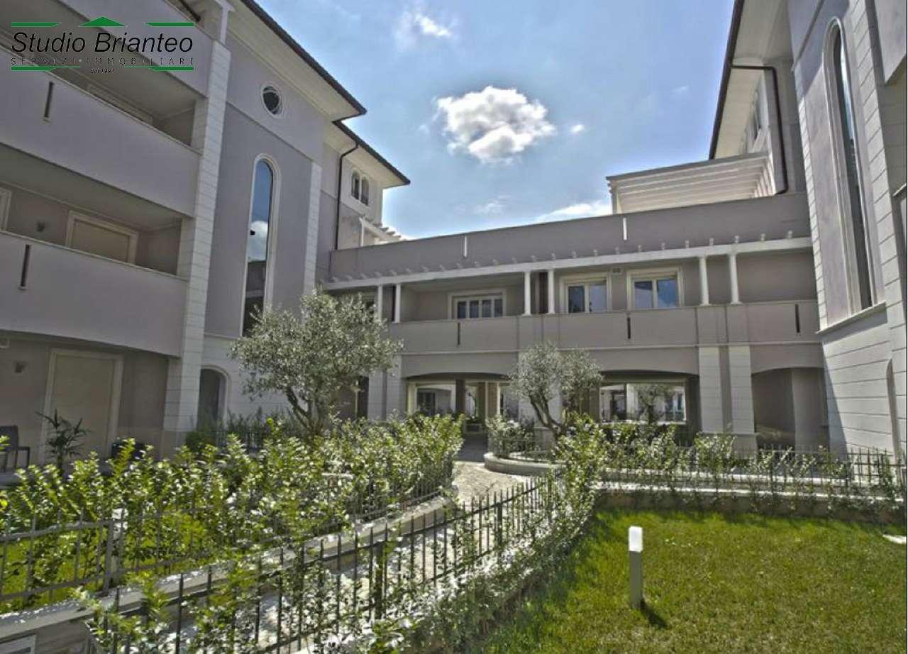 appartamento con terrazzo a Seregno - Cambiocasa.it