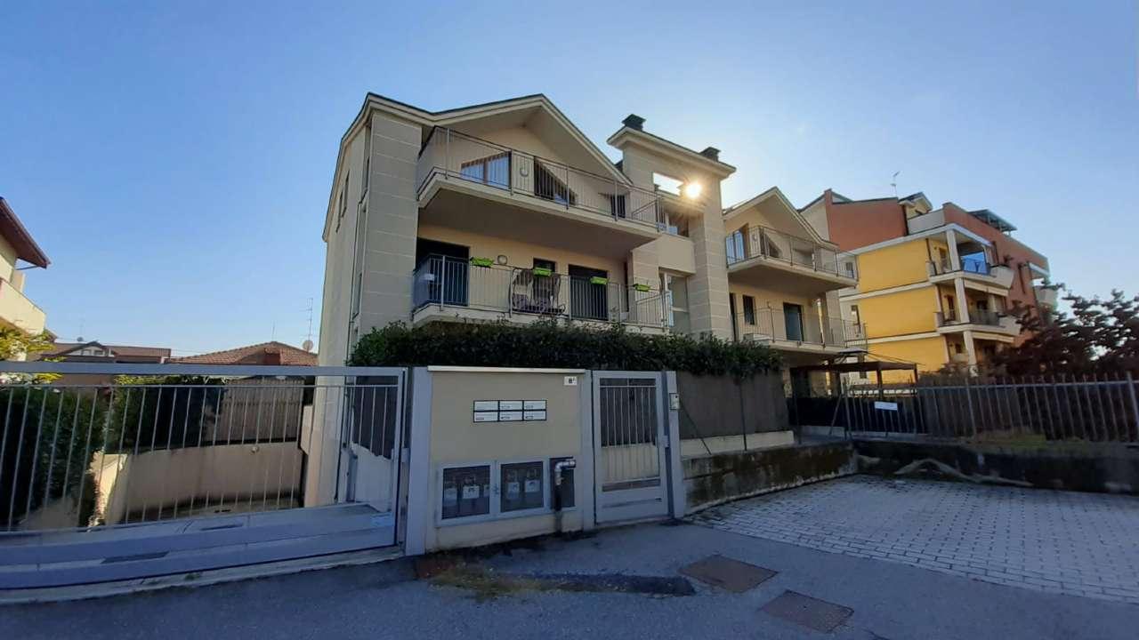 Attico / Mansarda in vendita a Cassano Magnago, 3 locali, prezzo € 195.000 | PortaleAgenzieImmobiliari.it