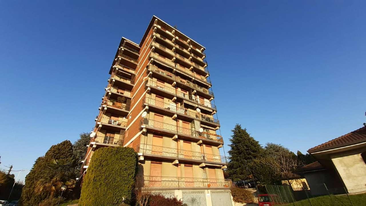 Appartamento in vendita a Cardano al Campo, 3 locali, prezzo € 65.000 | CambioCasa.it