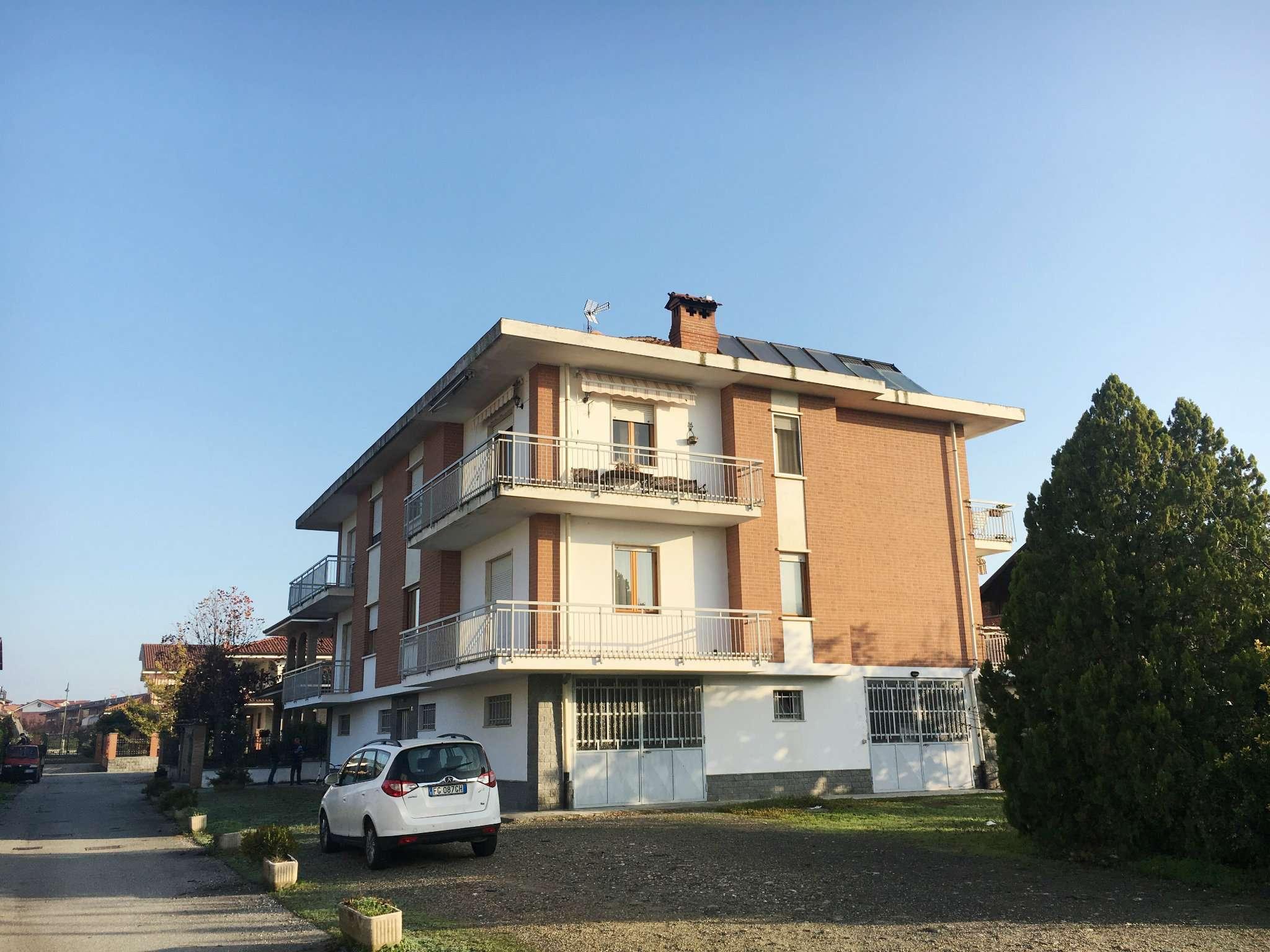 Appartamento in vendita a Leini, 4 locali, prezzo € 149.000 | CambioCasa.it