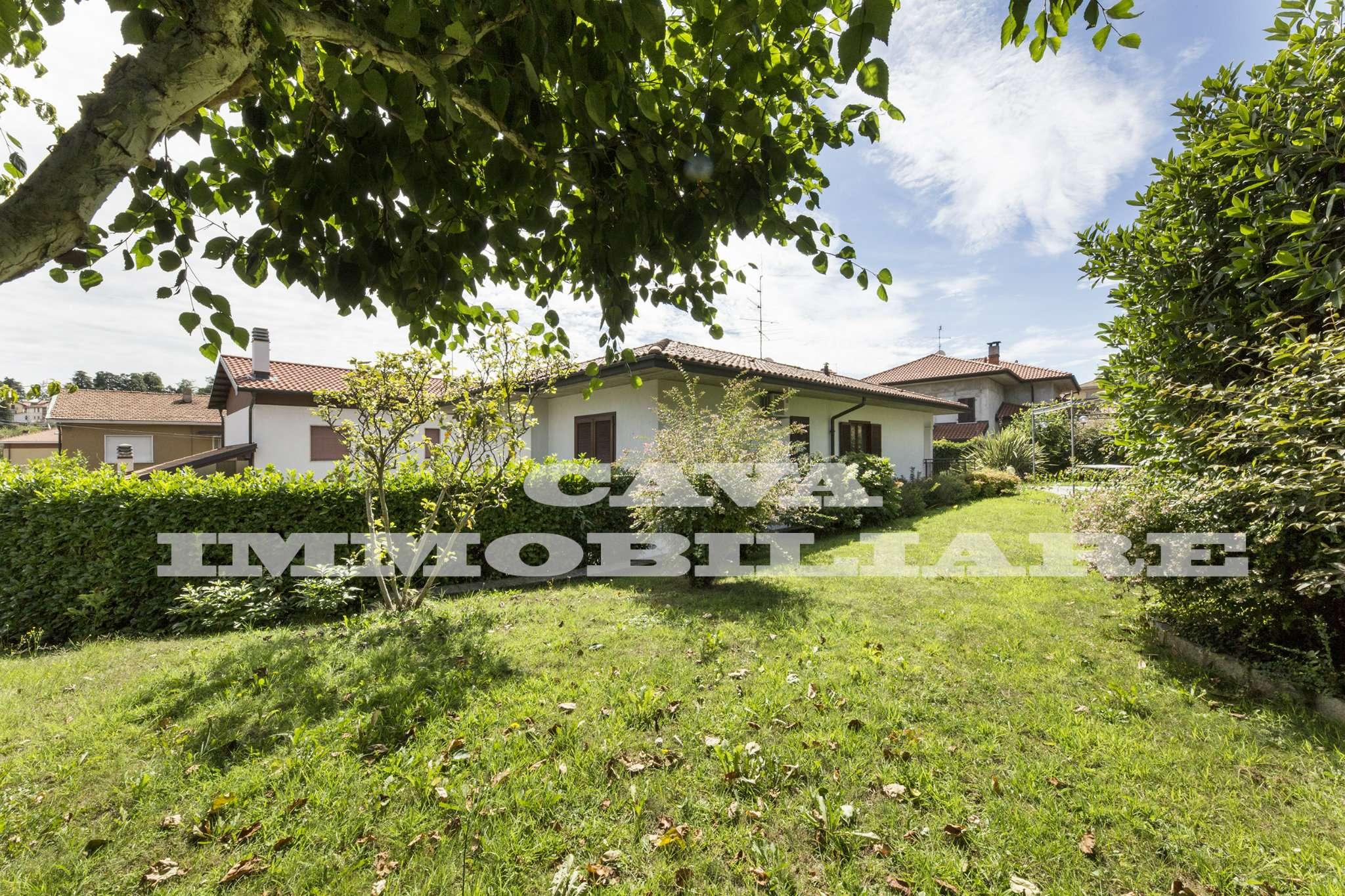 Villa in vendita a Morazzone, 4 locali, prezzo € 390.000 | CambioCasa.it