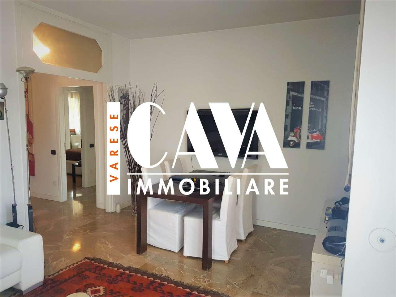 Appartamento in vendita a Varese, 3 locali, prezzo € 265.000 | CambioCasa.it