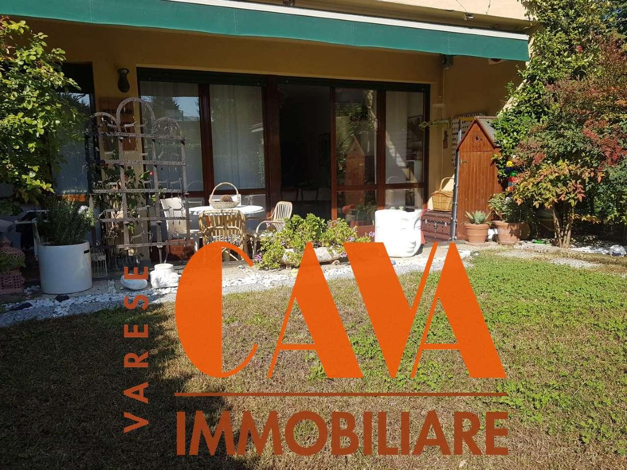 Appartamento in vendita a Varese, 3 locali, prezzo € 190.000 | CambioCasa.it