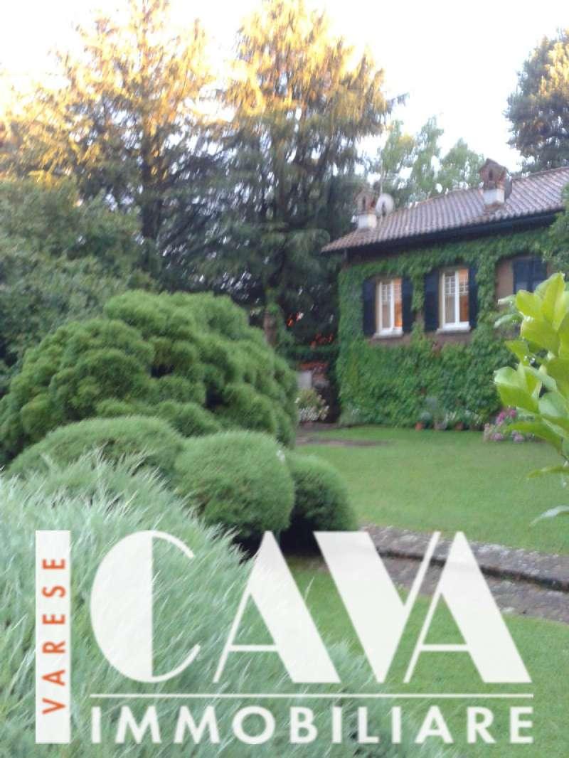 Appartamento in vendita a Luvinate, 4 locali, zona Località: casciago, prezzo € 285.000 | CambioCasa.it