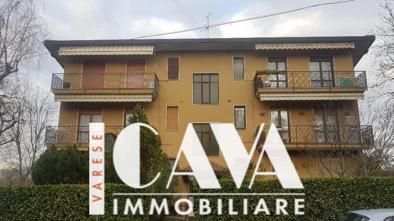 Appartamento in vendita a Varese, 3 locali, prezzo € 135.000 | CambioCasa.it