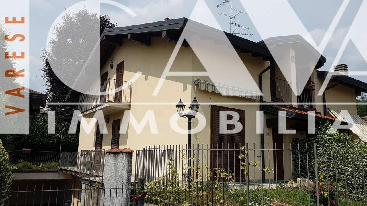 Villa Bifamiliare in vendita a Lozza, 4 locali, prezzo € 310.000 | PortaleAgenzieImmobiliari.it