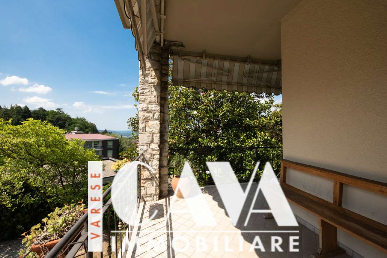 Attico / Mansarda in vendita a Varese, 4 locali, prezzo € 380.000 | PortaleAgenzieImmobiliari.it