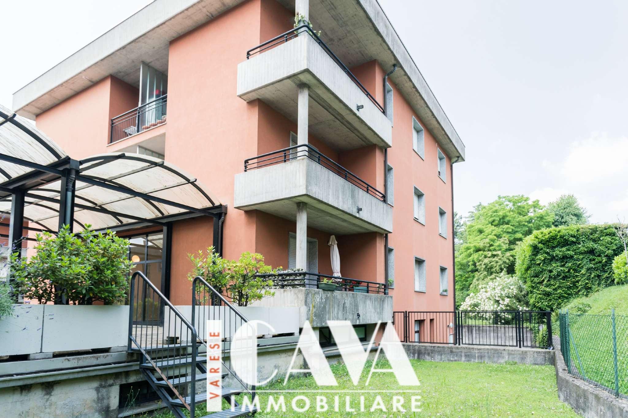 Appartamento in vendita a Varese, 3 locali, prezzo € 130.000   CambioCasa.it