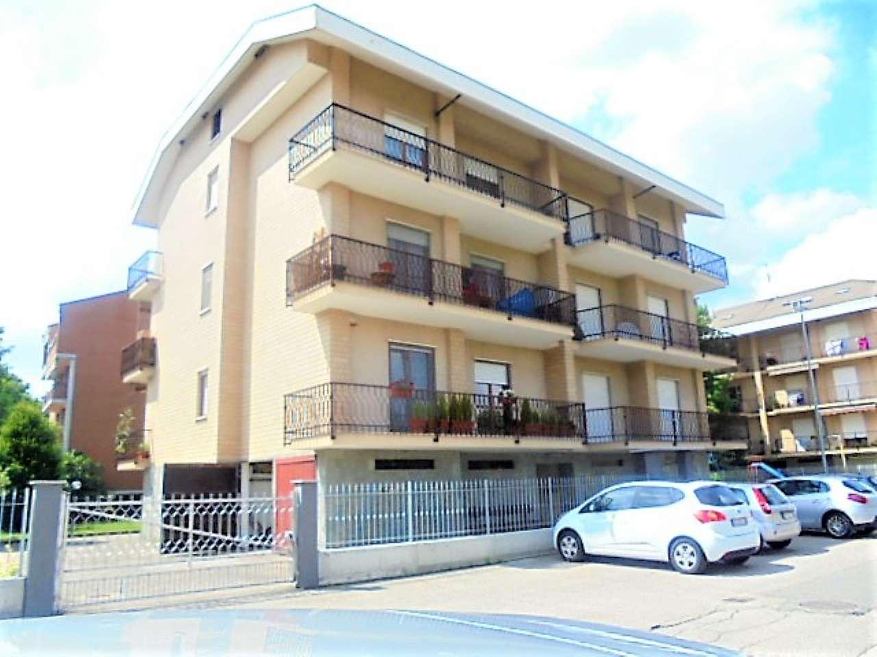 Appartamento in vendita a Santena, 4 locali, prezzo € 125.000 | CambioCasa.it
