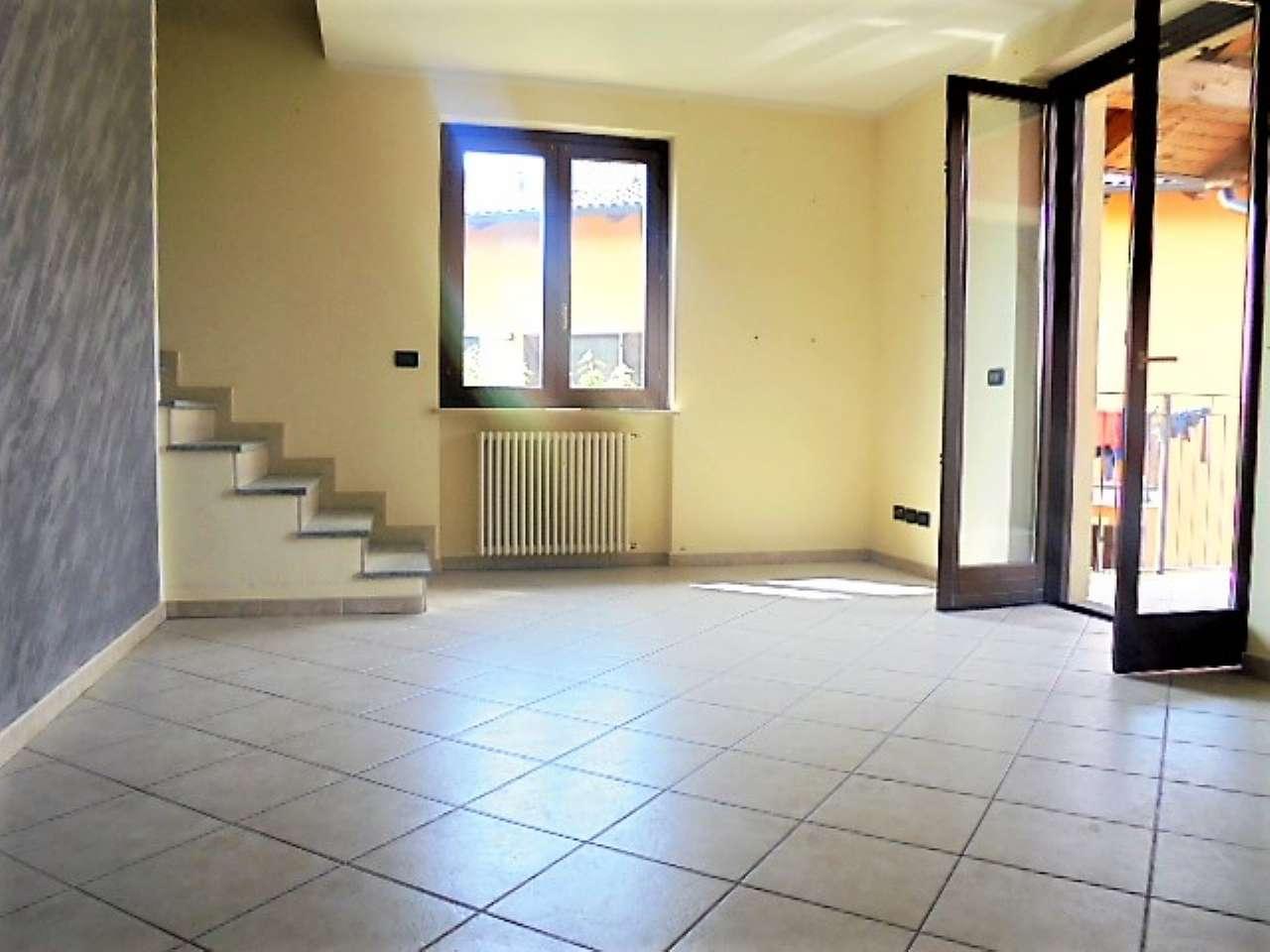 Appartamento in vendita a Poirino, 2 locali, prezzo € 155.000 | CambioCasa.it