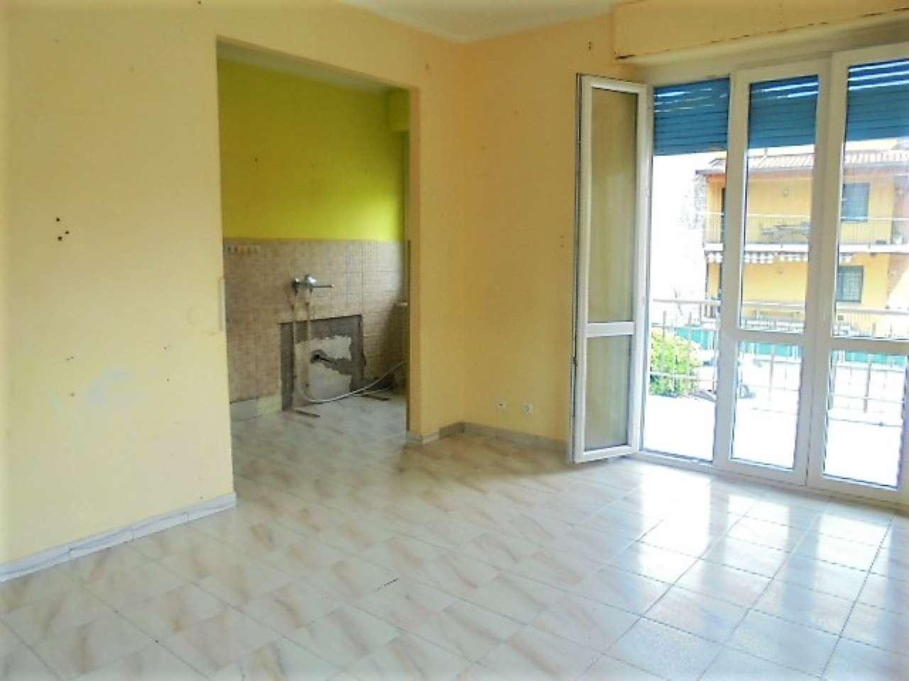 Appartamento in buone condizioni in affitto Rif. 6775919