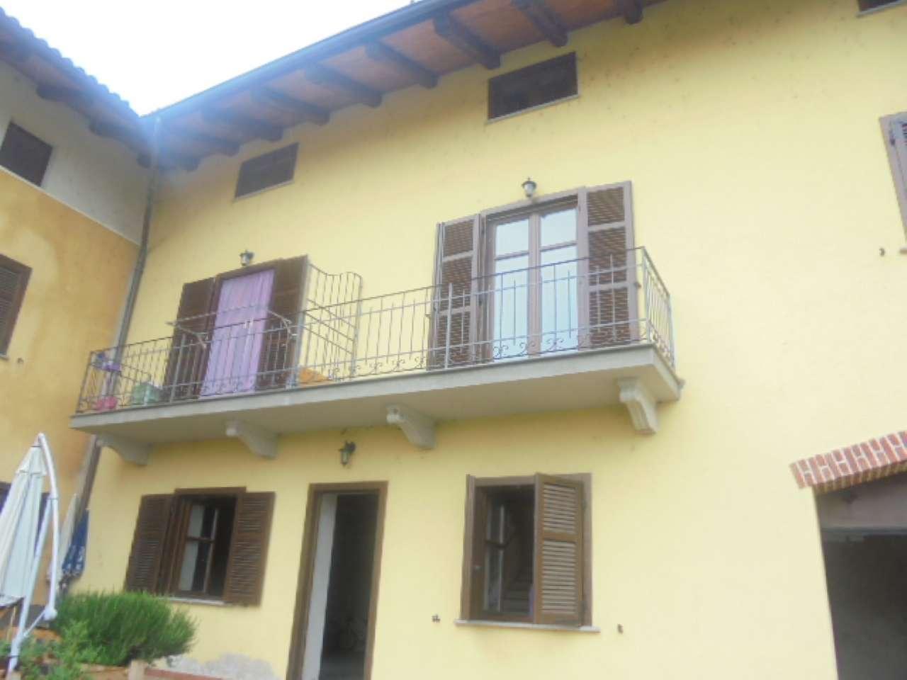 Appartamento ristrutturato in affitto Rif. 6858210
