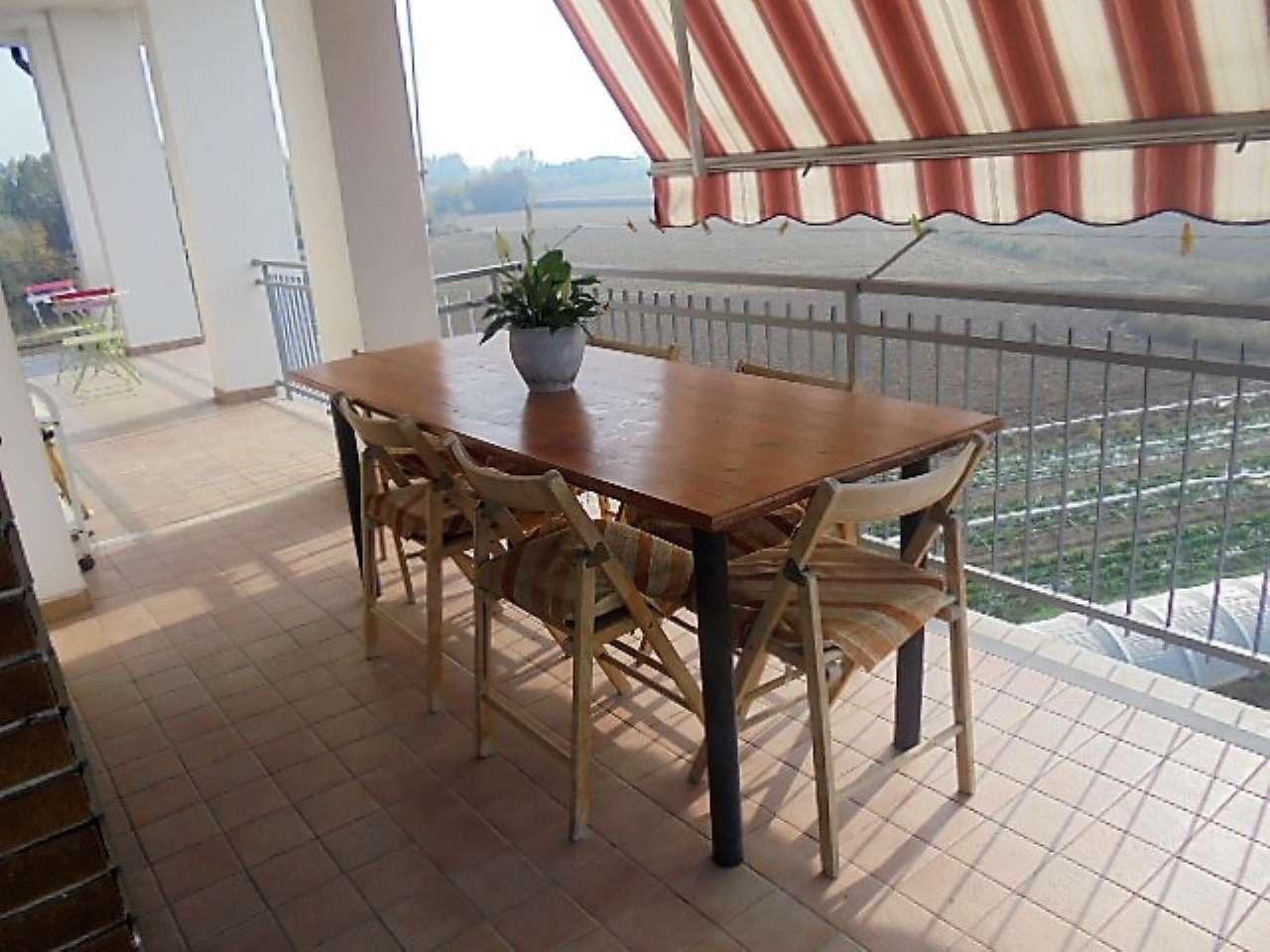 Appartamento in vendita a Villastellone, 6 locali, prezzo € 225.000 | CambioCasa.it