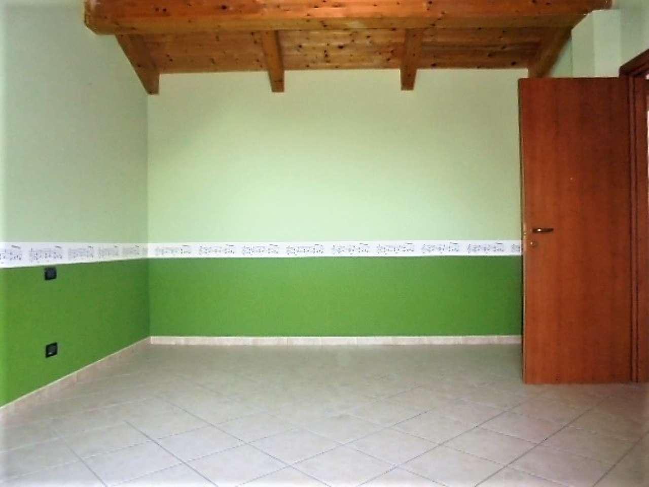Appartamento in vendita a Poirino, 9999 locali, prezzo € 165.000   CambioCasa.it