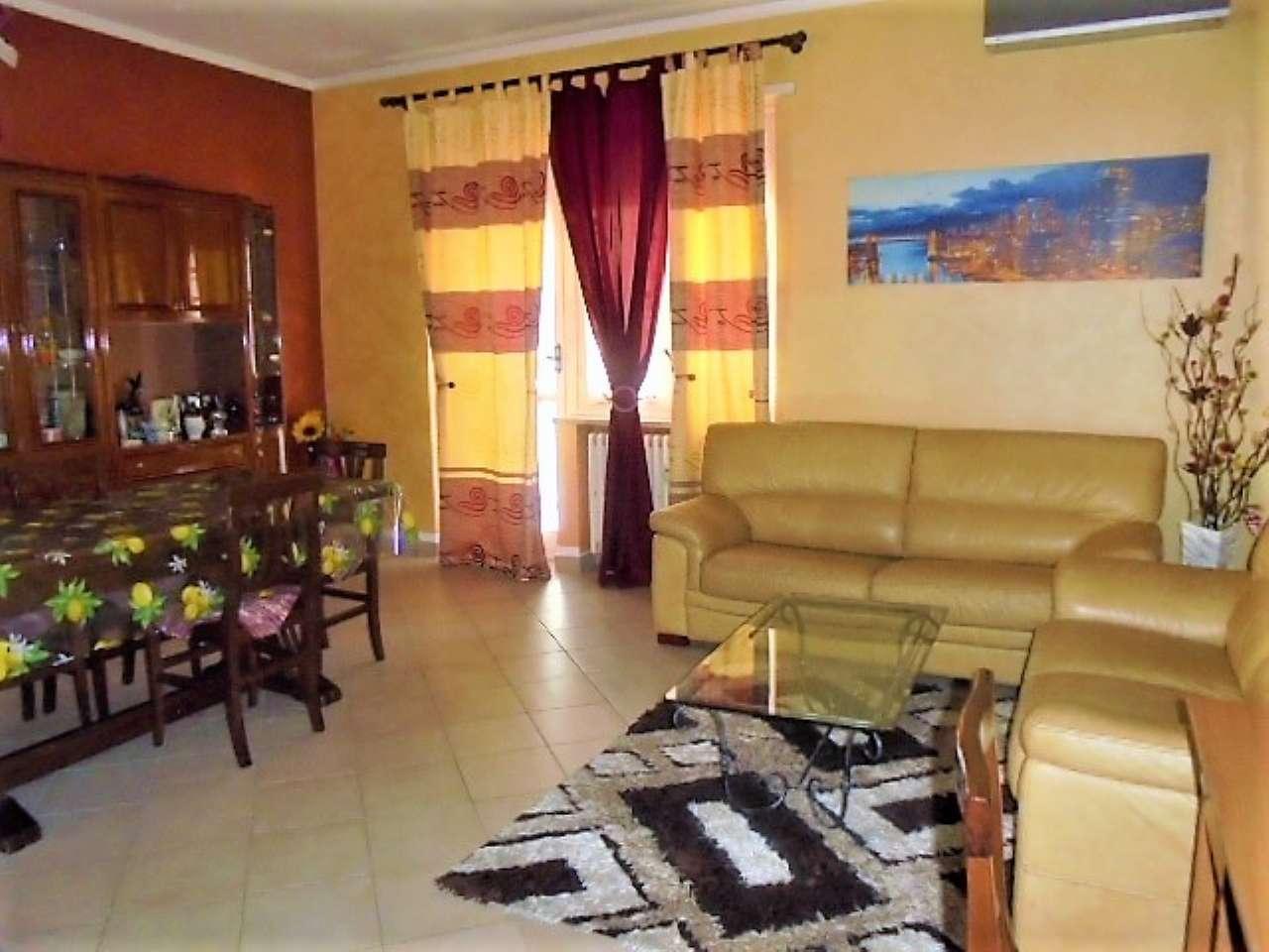 Appartamento in vendita a Santena, 3 locali, prezzo € 125.000 | CambioCasa.it