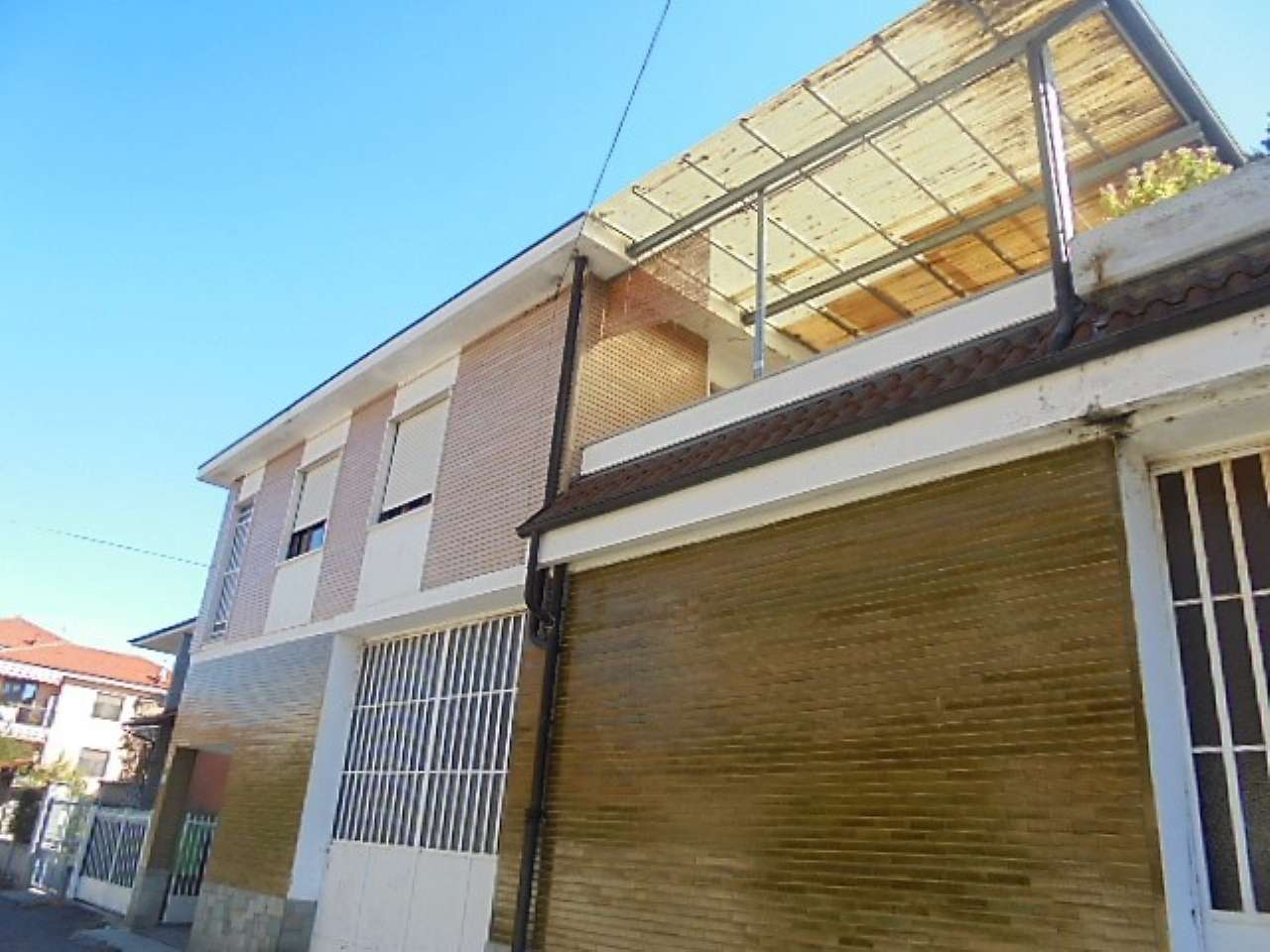 Appartamento in vendita a Santena, 5 locali, prezzo € 189.000 | CambioCasa.it