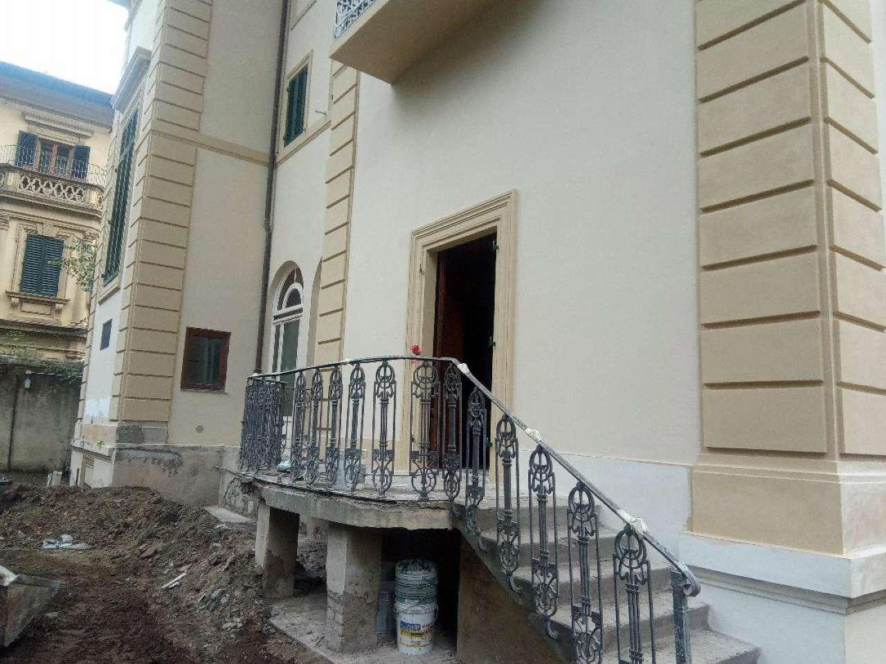 Villetta a schiera in buone condizioni in vendita Rif. 8679212