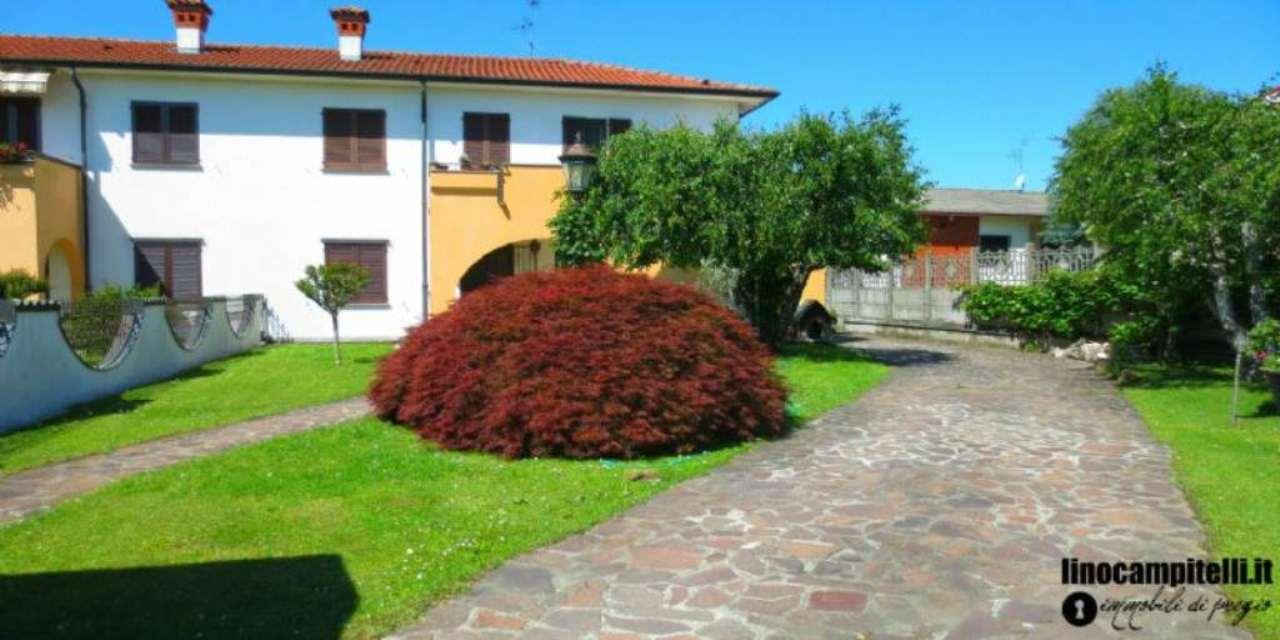 Villa in vendita a Cassina de' Pecchi, 6 locali, prezzo € 395.000 | CambioCasa.it