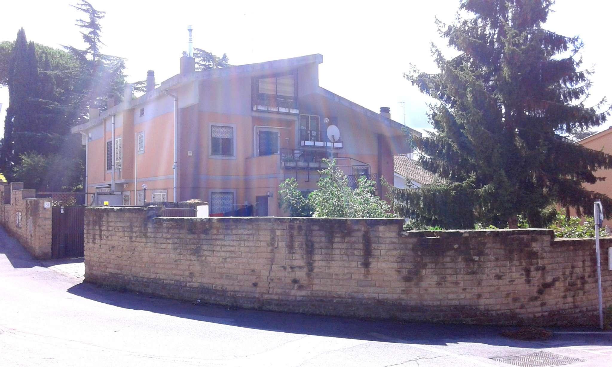 Villa Tri-Quadrifamiliare in vendita a Roma, 6 locali, zona Zona: 22 . Eur - Torrino - Spinaceto, prezzo € 425.000 | CambioCasa.it