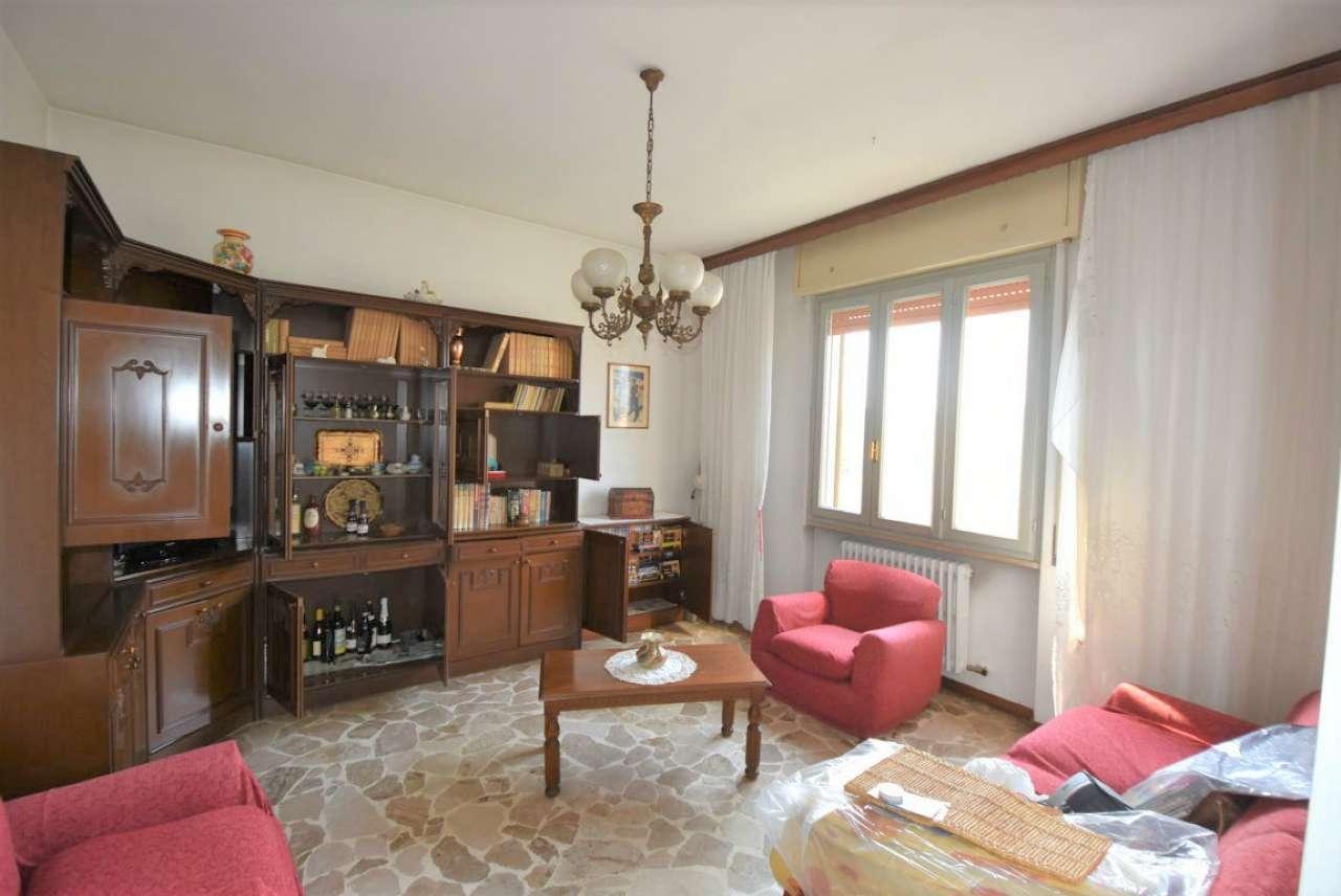 Appartamento da ristrutturare in vendita Rif. 7706560