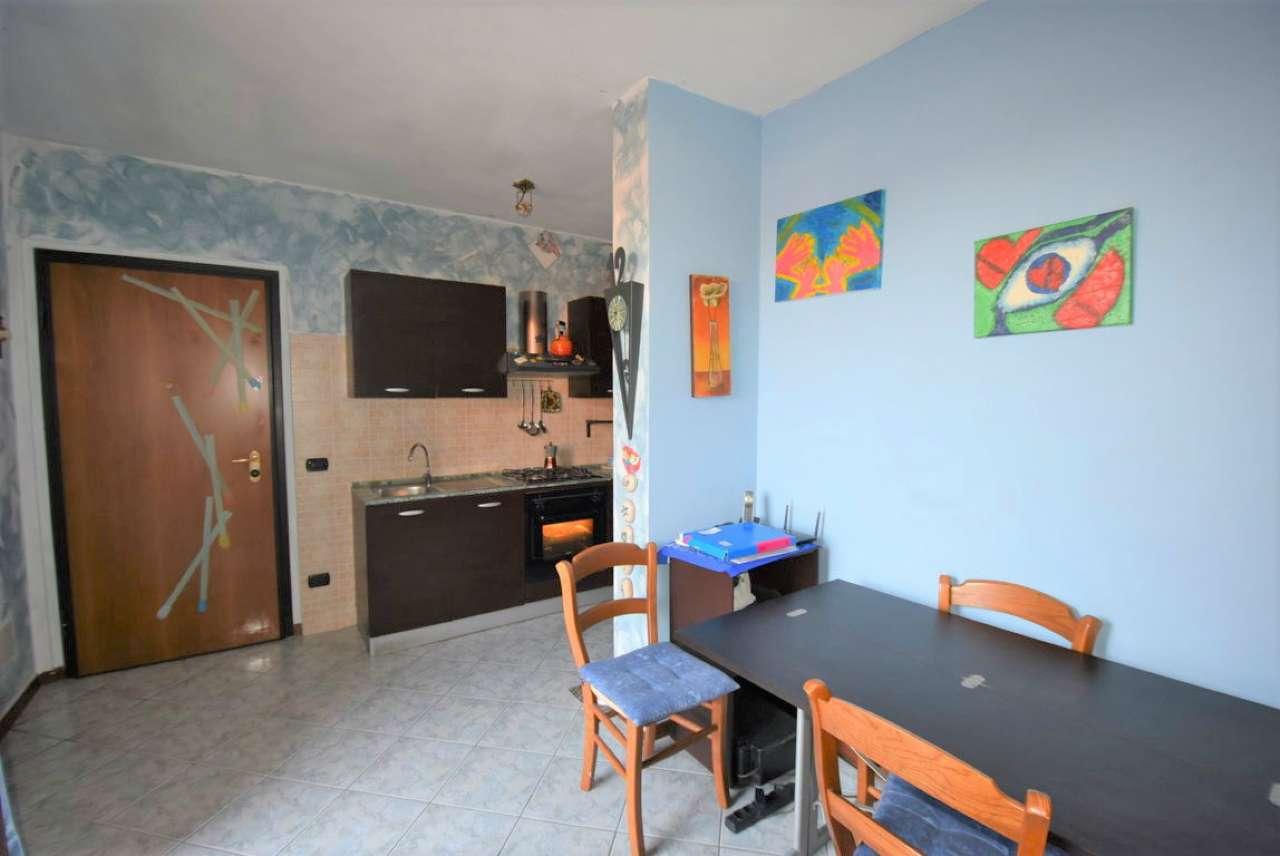 Appartamento in buone condizioni in vendita Rif. 7874203
