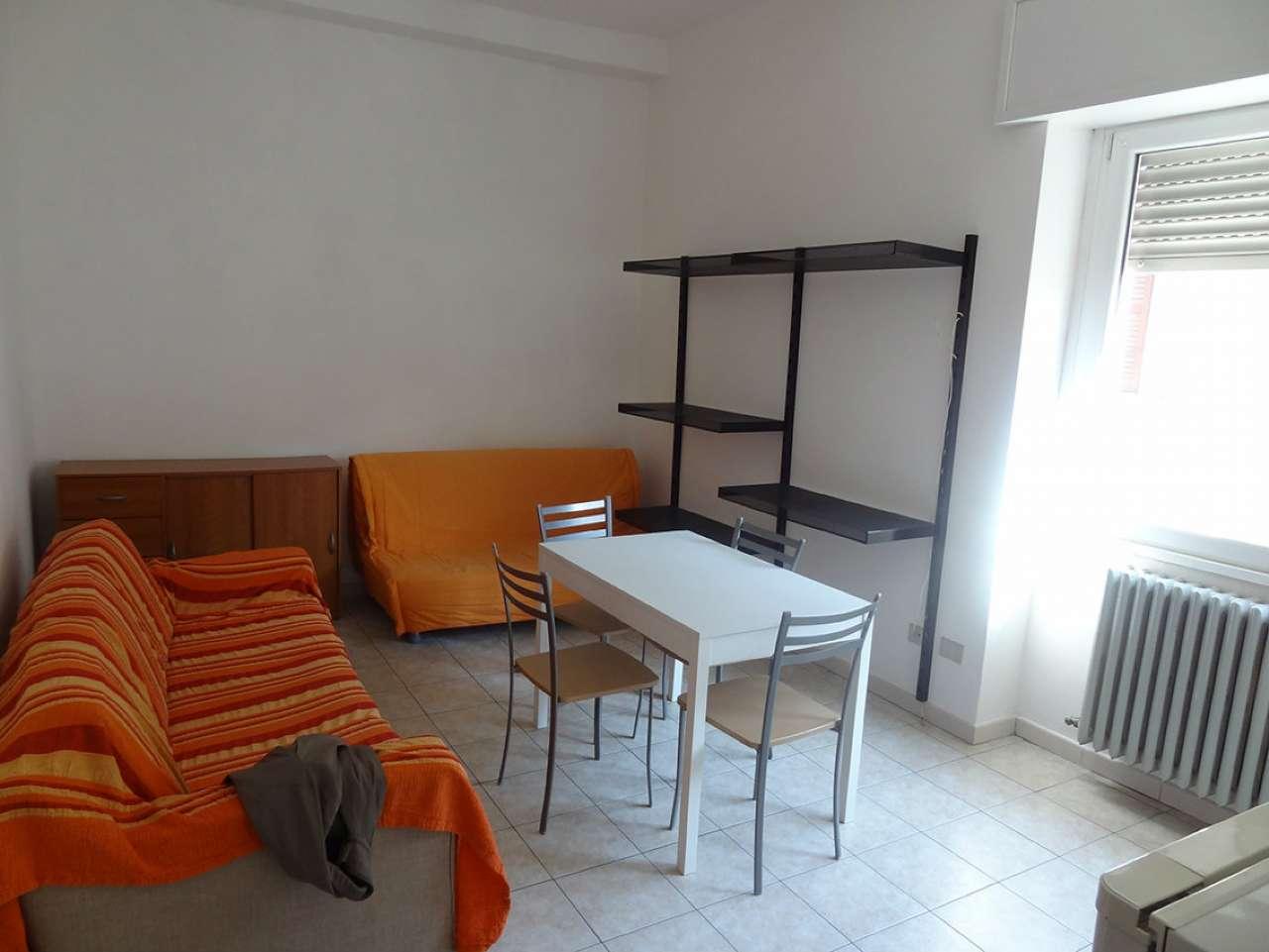 Appartamento in affitto a Besozzo, 2 locali, prezzo € 380 | CambioCasa.it