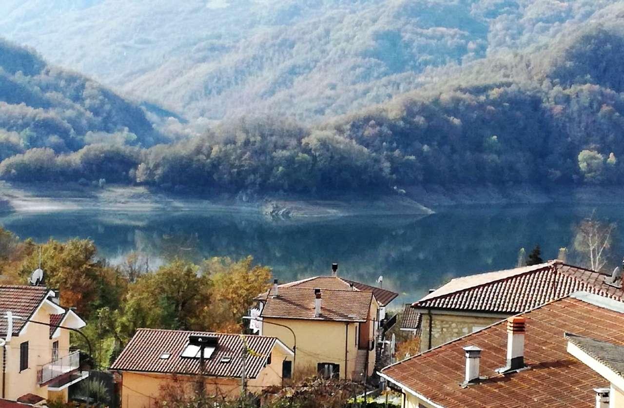 Appartamento in vendita a Petrella Salto, 3 locali, prezzo € 98.000 | CambioCasa.it