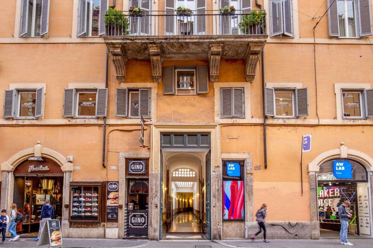 Attività / Licenza in vendita a Roma, 5 locali, zona Zona: 1 . Centro storico, prezzo € 249.000   CambioCasa.it
