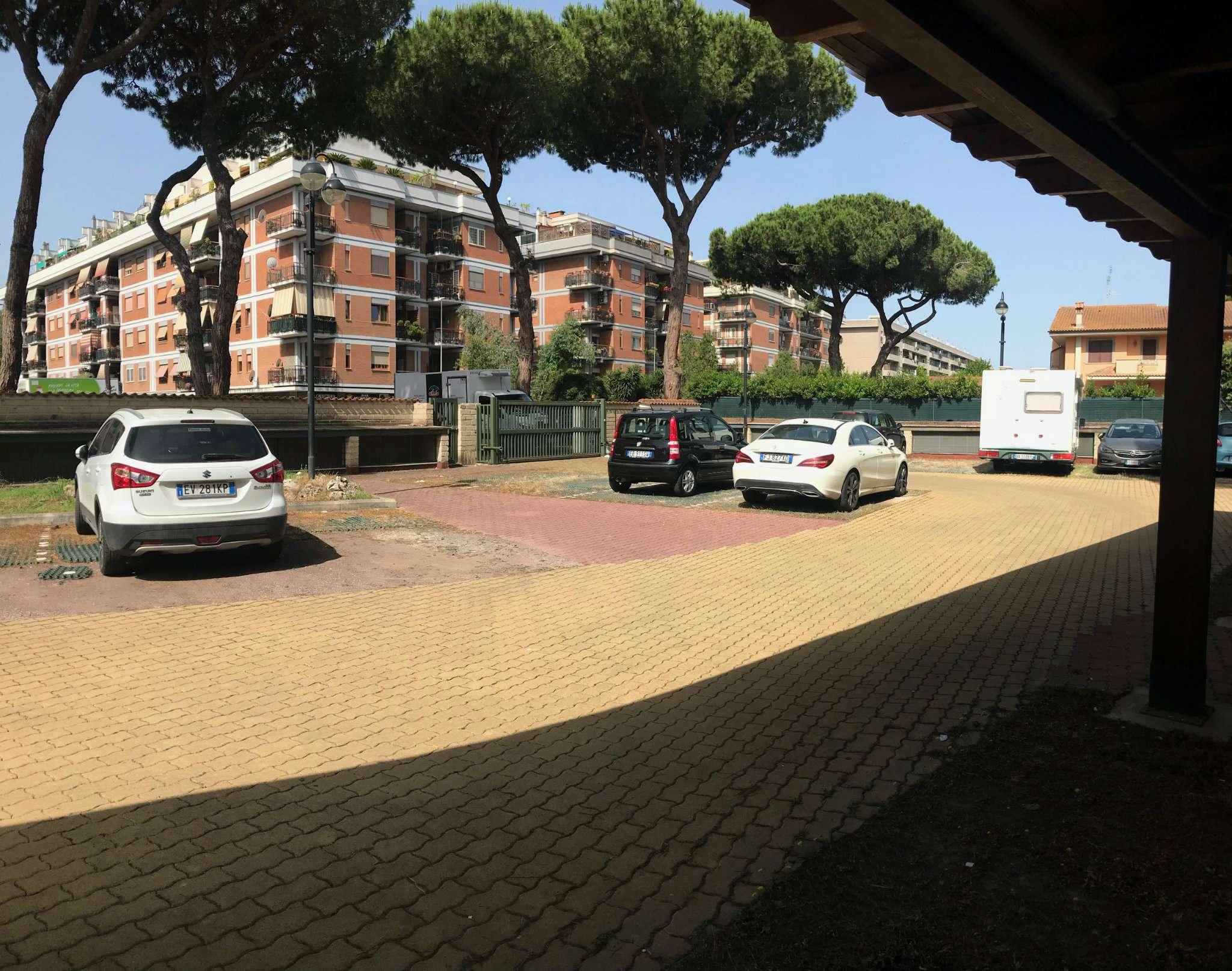 Box / Garage in vendita a Roma, 1 locali, zona Zona: 39 . Lido di Ostia, Ostia, Castel Fusano, Torre Paterno, prezzo € 26.000 | CambioCasa.it