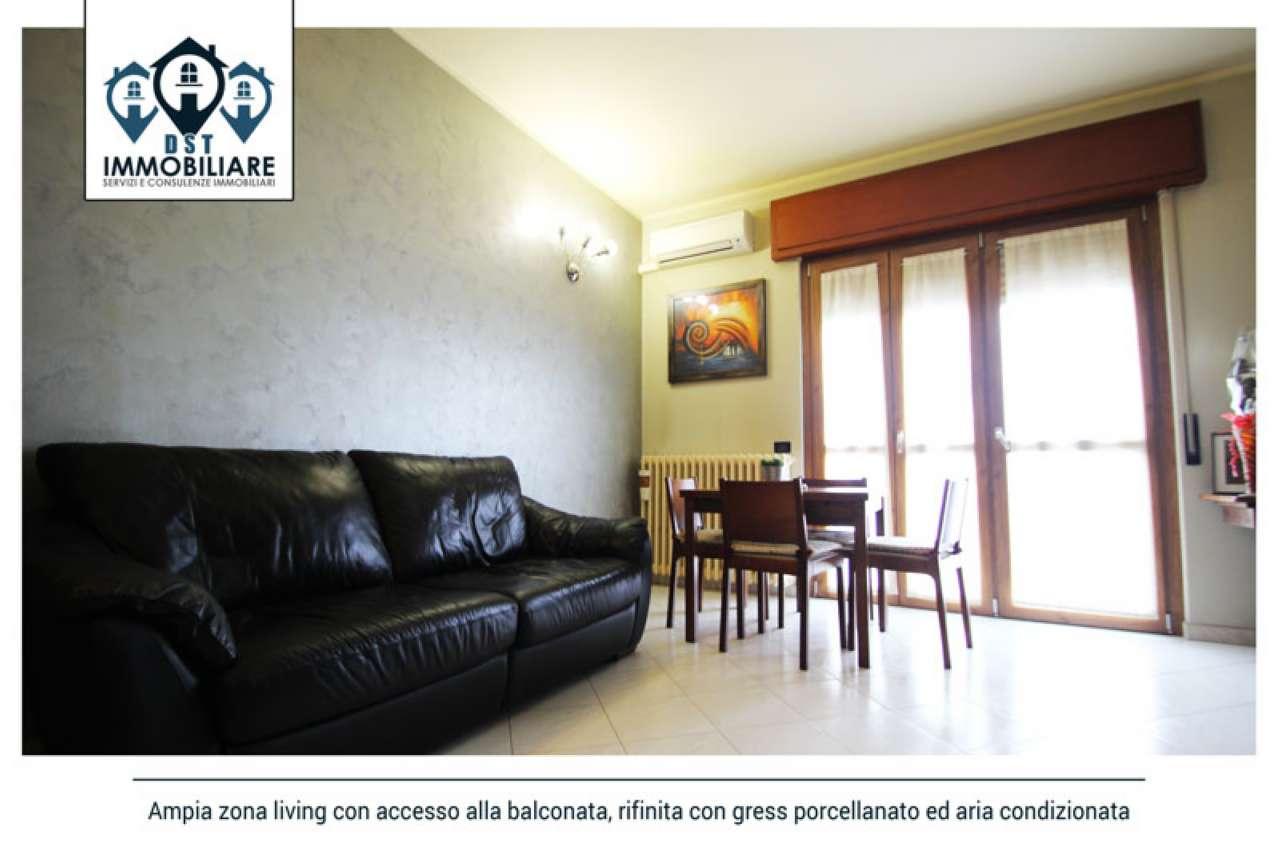 Appartamento in buone condizioni in vendita Rif. 7349411