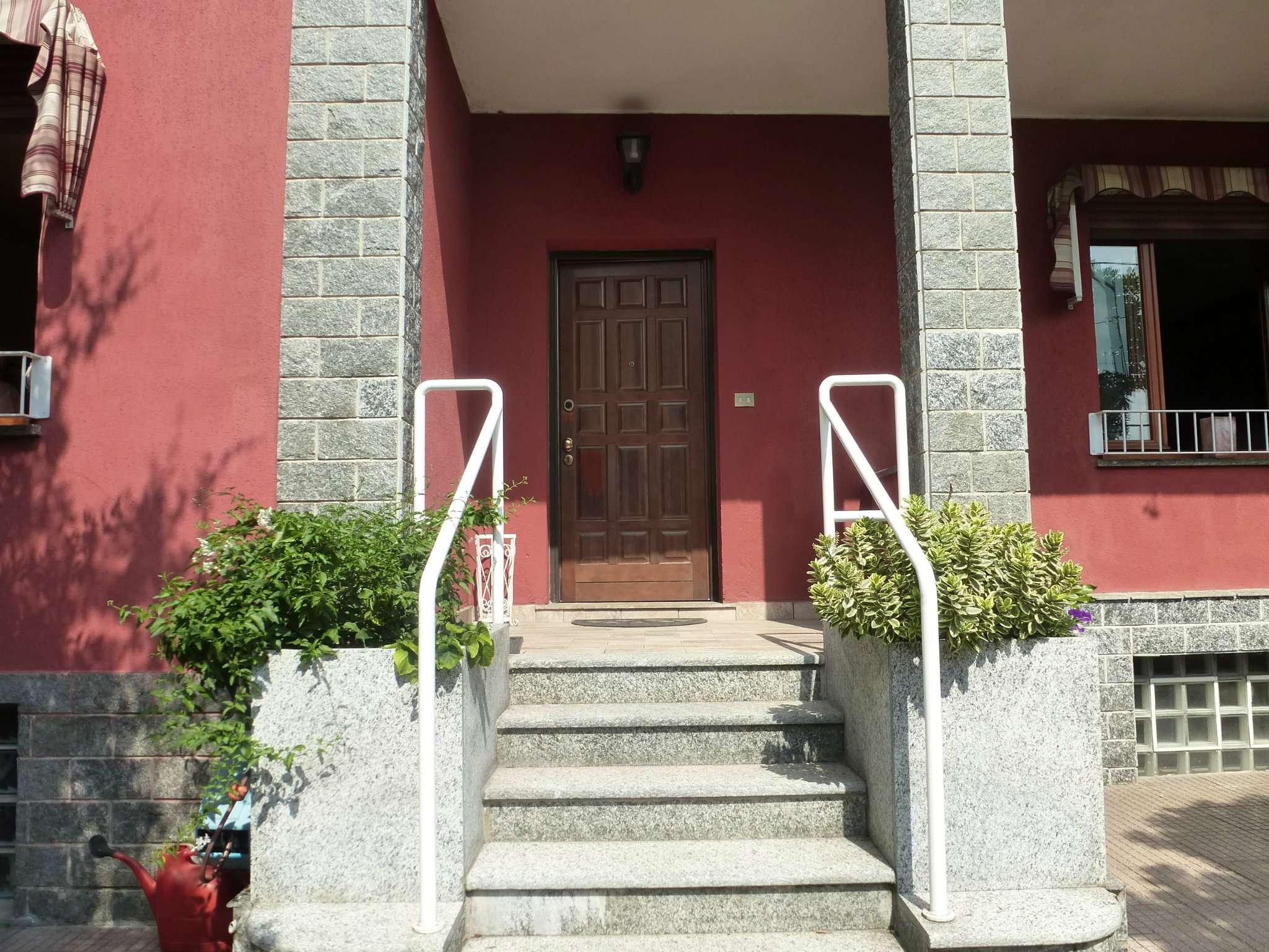 Appartamento in ottime condizioni in vendita Rif. 7256103