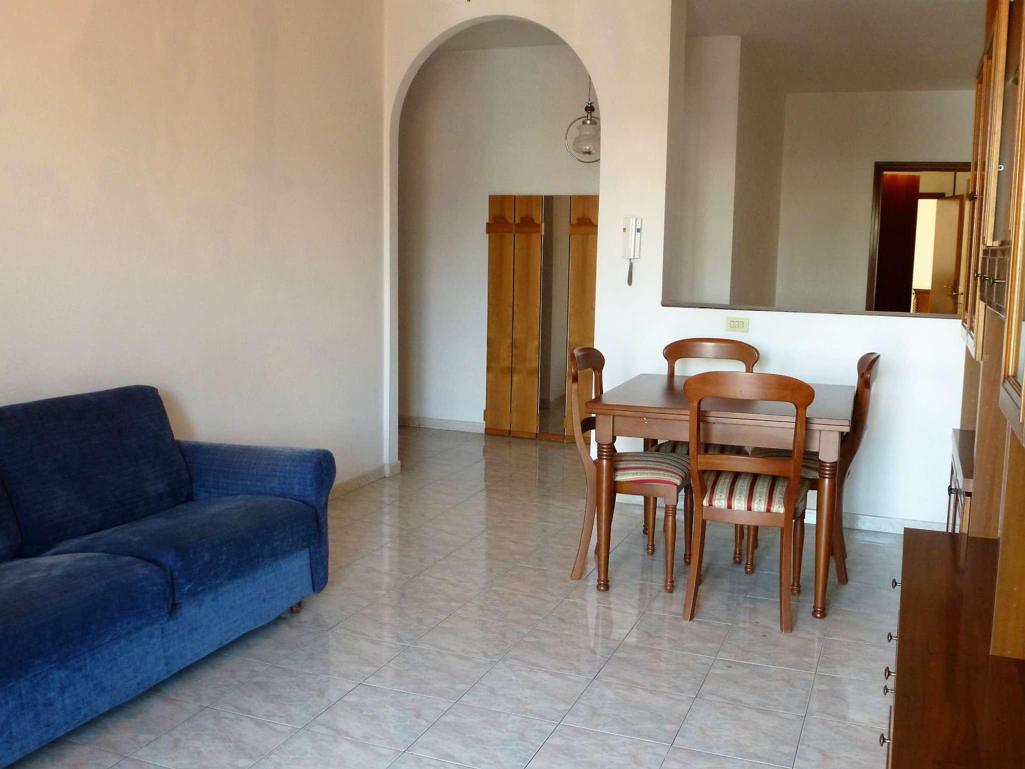 Appartamento in ottime condizioni in vendita Rif. 7892096