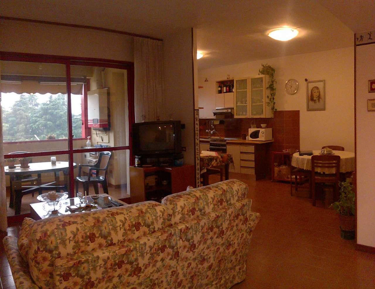 Appartamento in vendita a Cavenago di Brianza, 3 locali, prezzo € 140.000 | CambioCasa.it