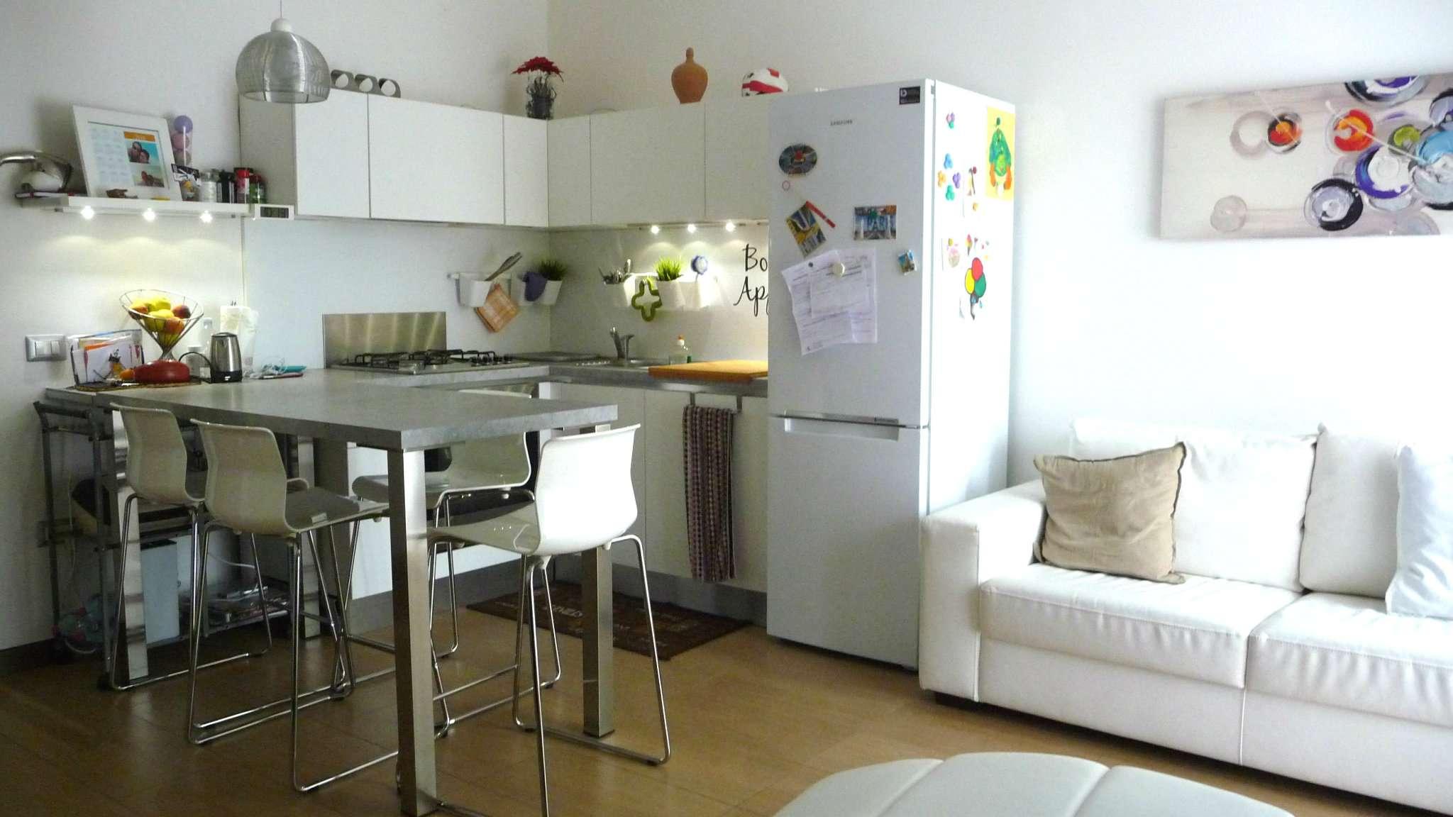 Appartamento in affitto a Roncello, 2 locali, prezzo € 600   CambioCasa.it
