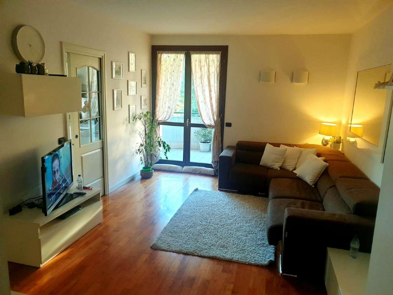 Appartamento in vendita a Cavenago di Brianza, 3 locali, prezzo € 165.000 | CambioCasa.it